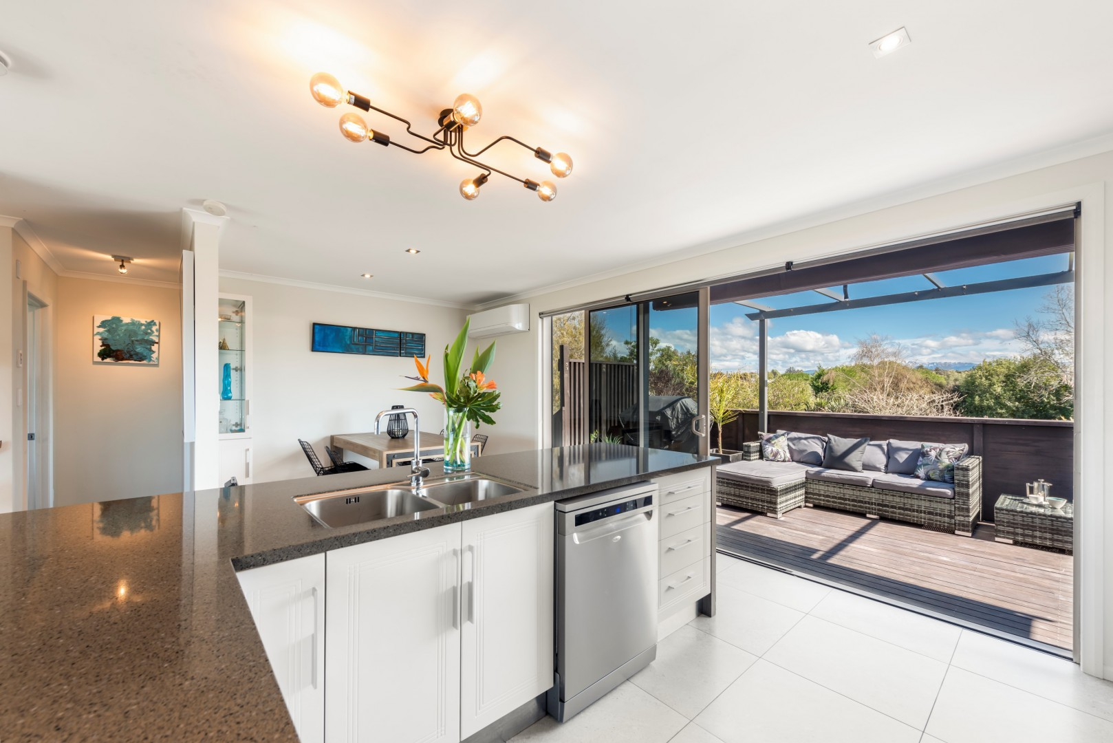 10 Cliff Road, Tasman #4 -- listing/11515/c-v3.jpeg