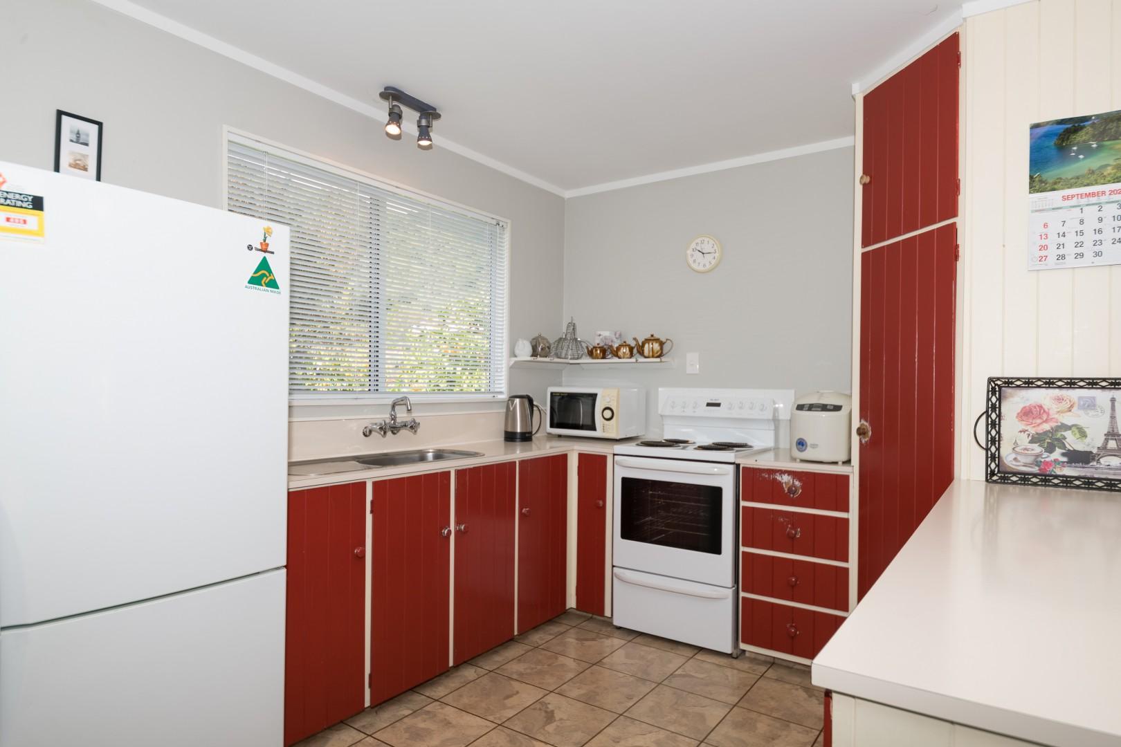 49 Hampden Street, Picton #9 -- listing/11521/h-v3.jpeg