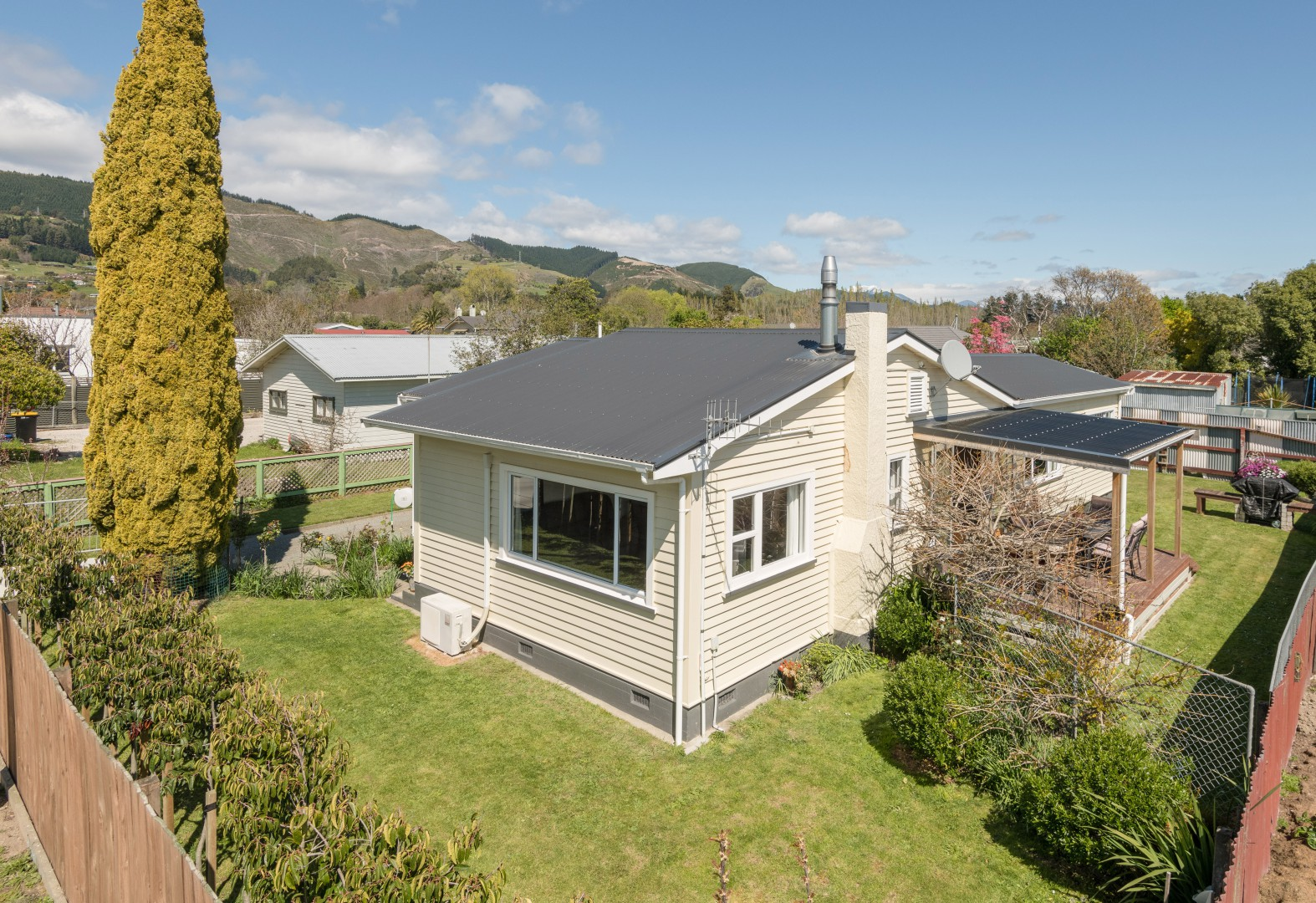 52 Bateup Road, Richmond #1 -- listing/11524/m-v3.jpeg