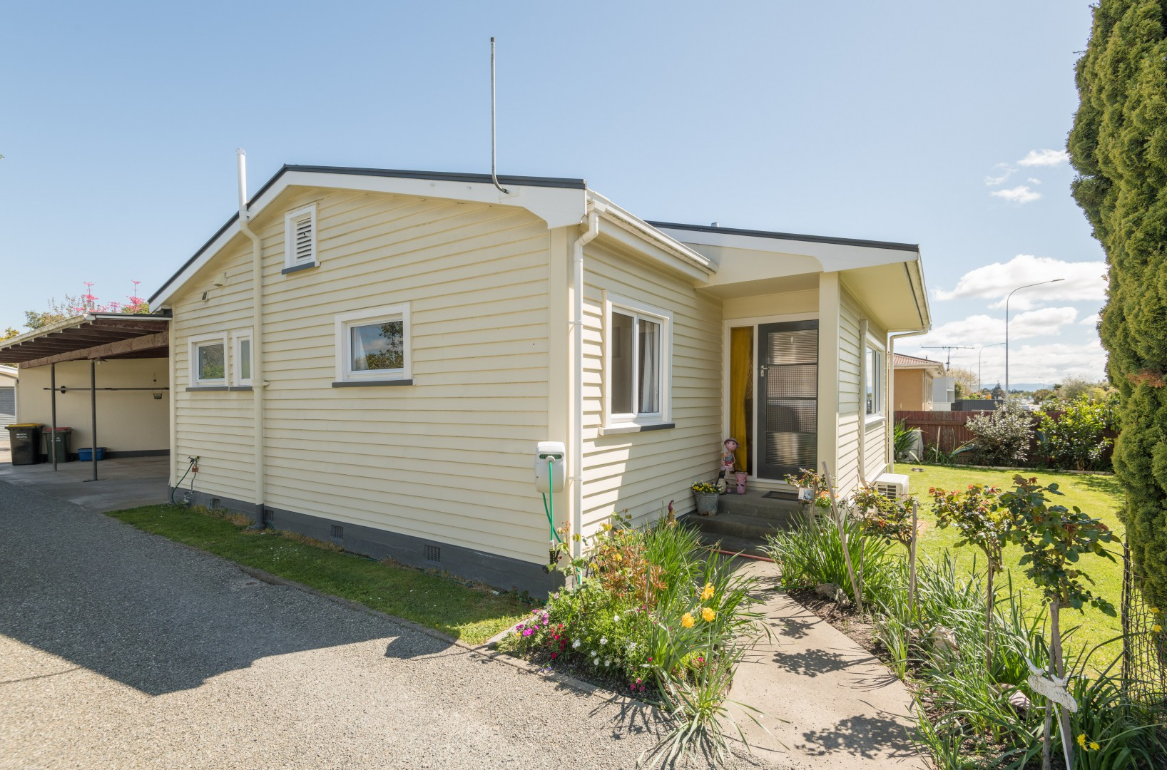 52 Bateup Road, Richmond #20 -- listing/11524/t-v3.jpeg