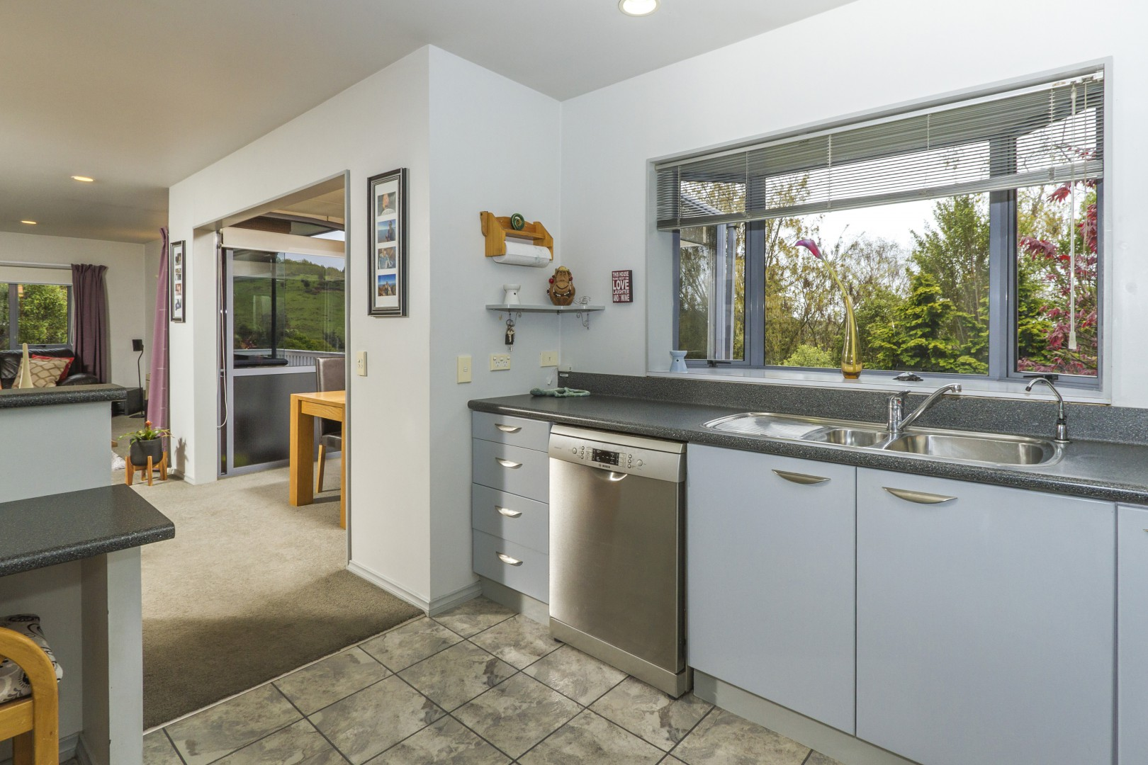 16 Flaxmore Place, Bishopdale #13 -- listing/11559/l.jpeg