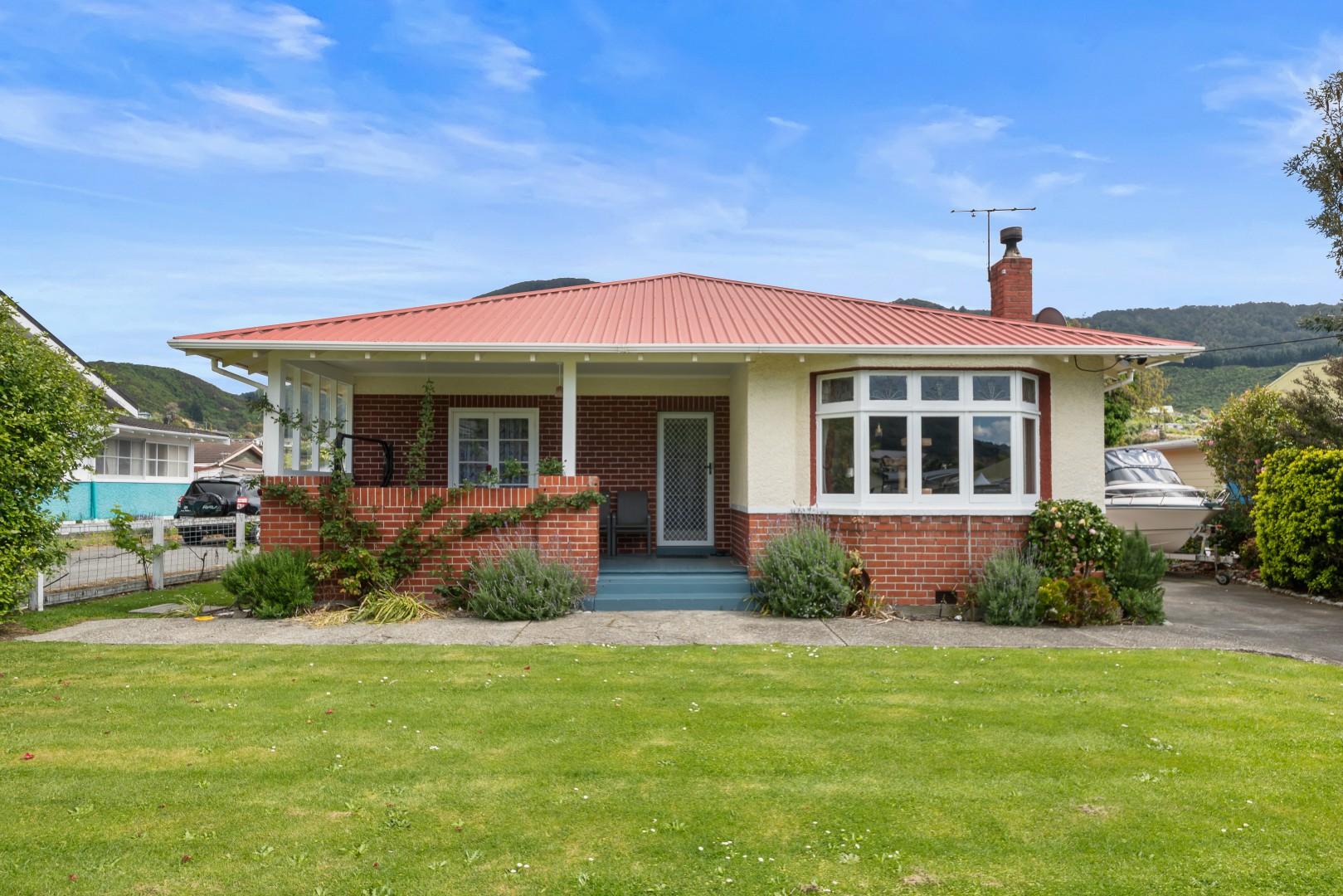 27 Devon Street, Picton #1 -- listing/11581/m.jpeg