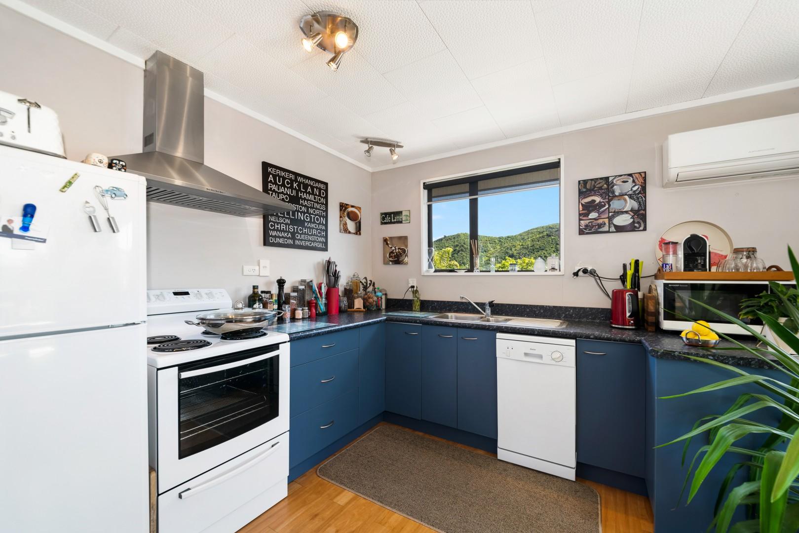 13b Turners Road, Waikawa #10 -- listing/11597/i-v3.jpeg