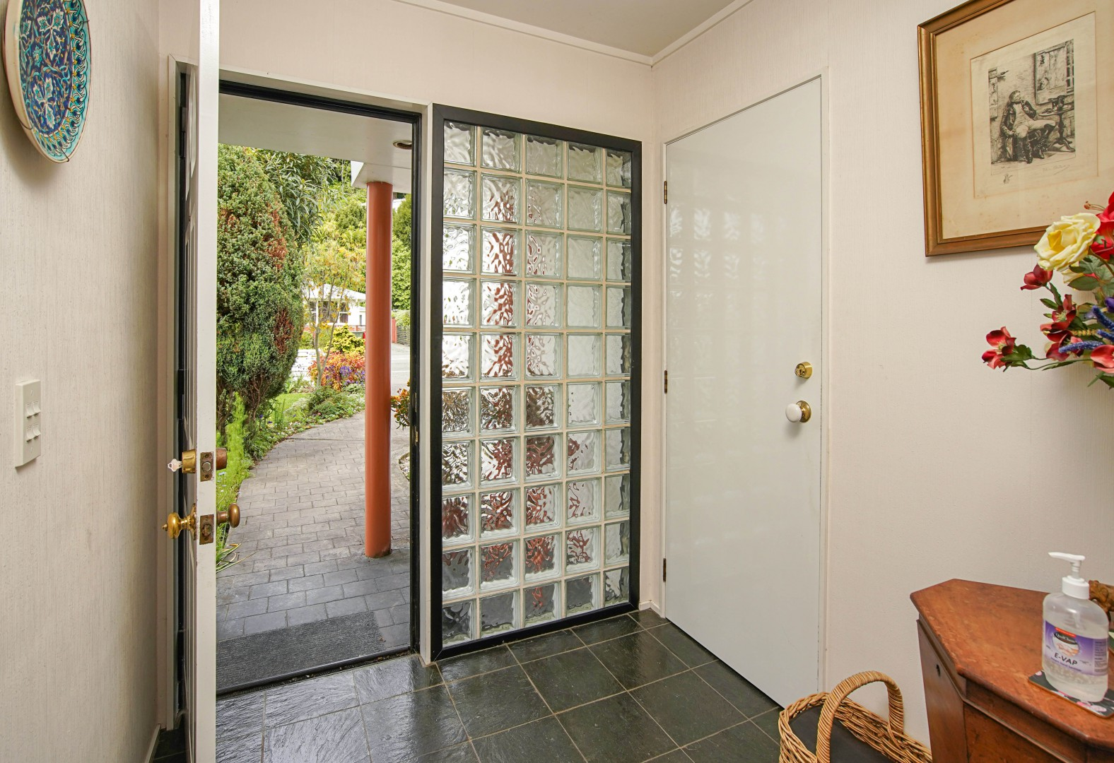 168 Tasman Street, Nelson #5 -- listing/11637/d-v2.jpeg