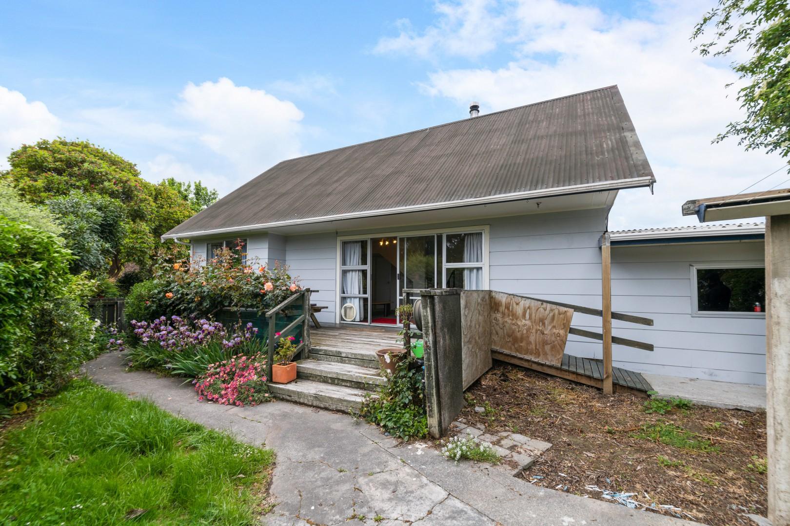 2/42 Holdaway Street, Riversdale #3 -- listing/11653/b-v2.jpeg