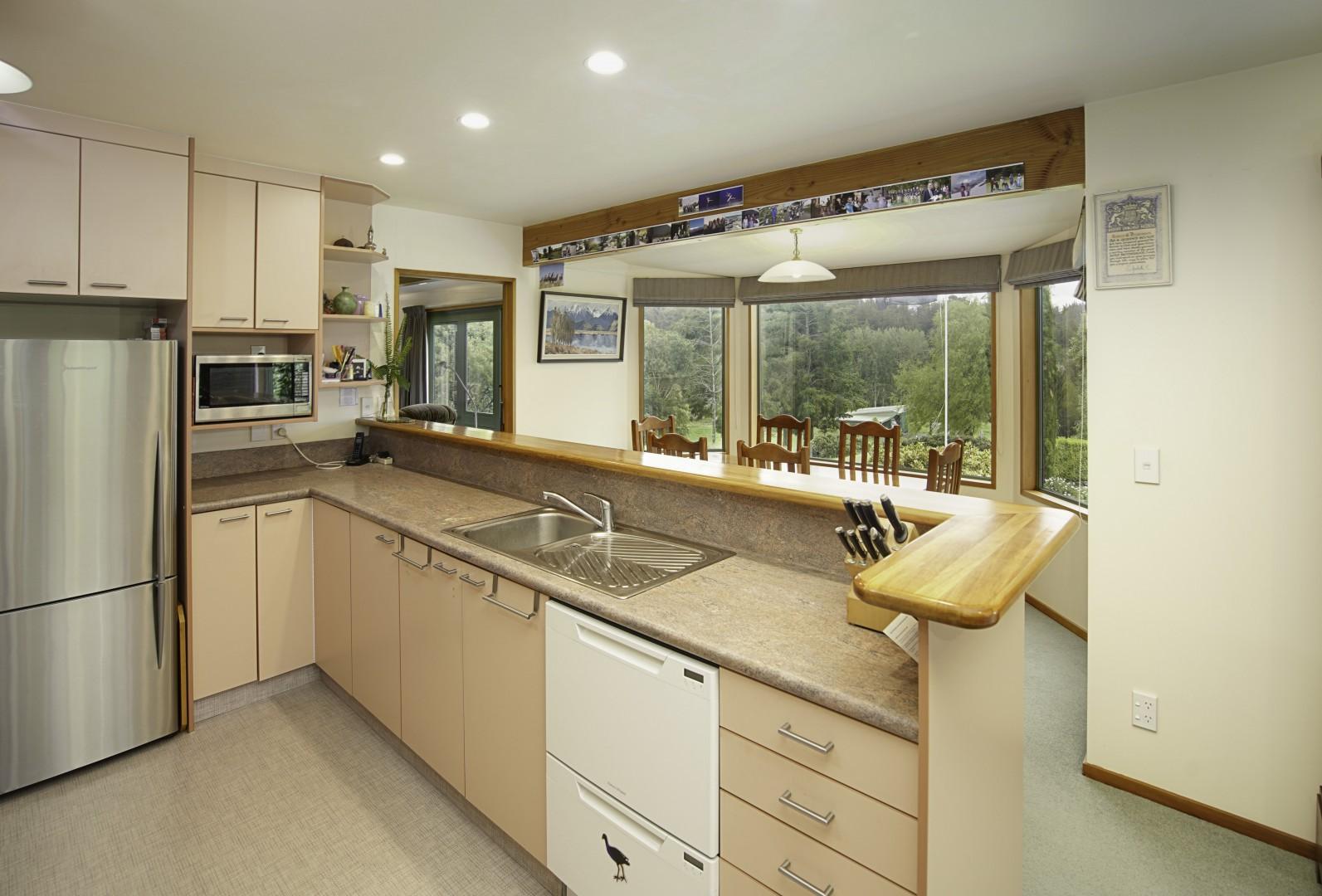 77 Redwood Park Road, Redwood Valley #10 -- listing/11664/i-v3.jpeg