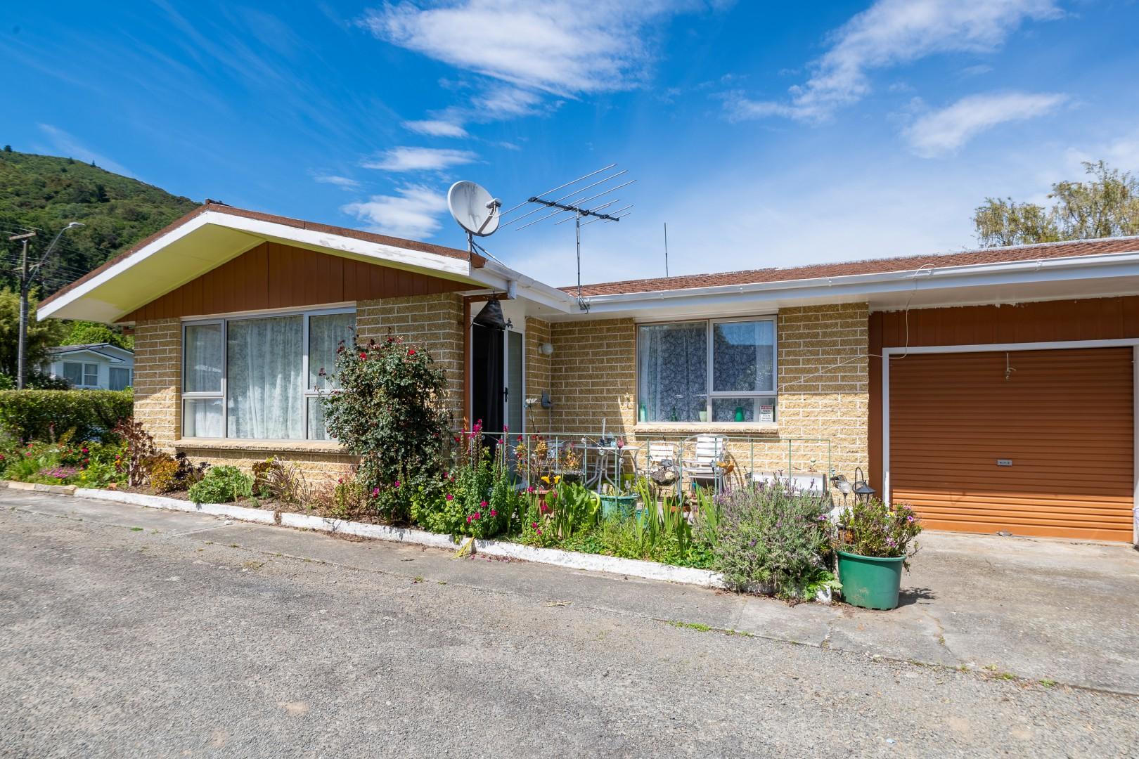 131a Waikawa Road, Picton #5 -- listing/11705/d.jpeg