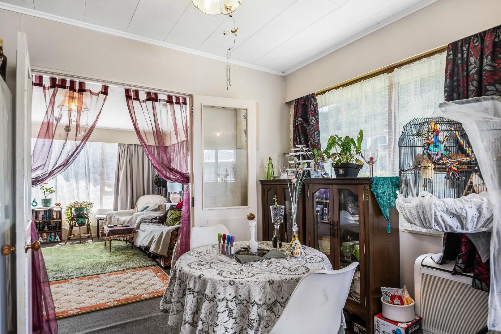 131a Waikawa Road, Picton #9 -- listing/11705/h.jpeg