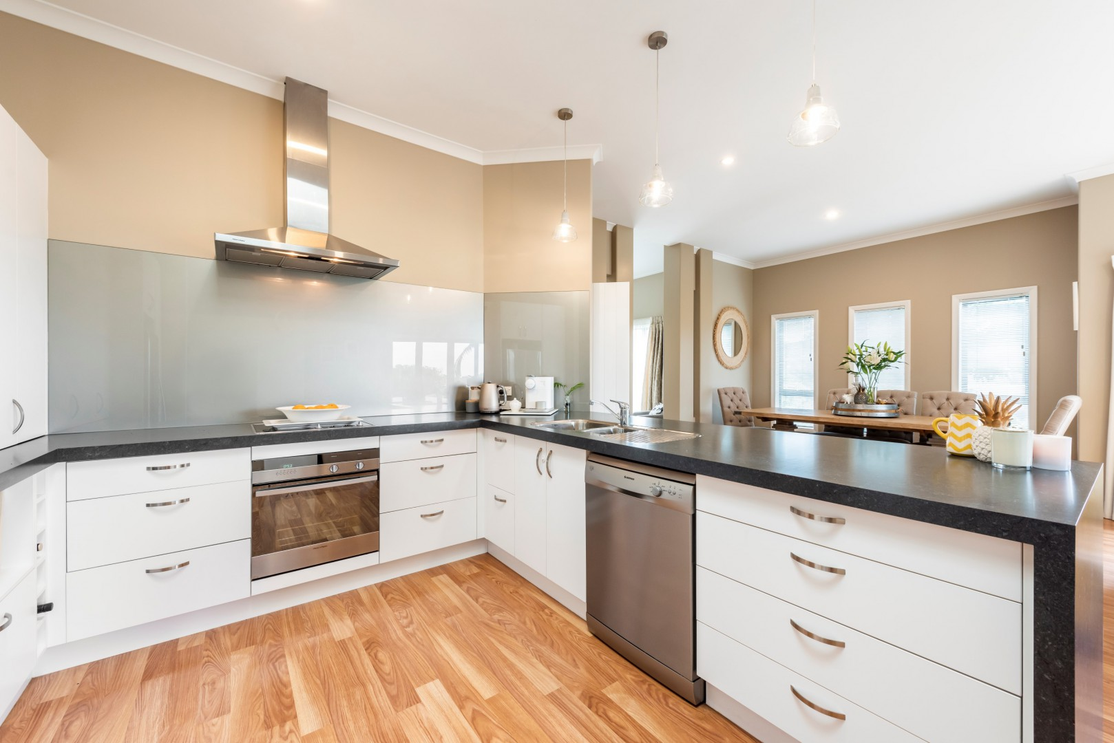 10 Cullen Place, Nelson South #3 -- listing/11716/b-v2.jpeg