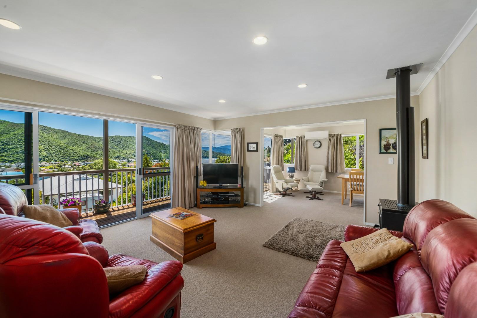 20 Rimu Terrace, Waikawa #11 -- listing/11744/j-v2.jpeg