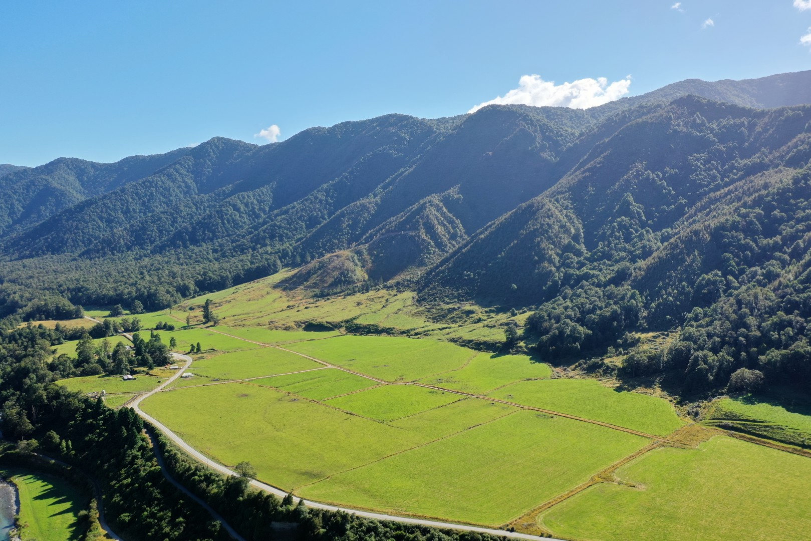 Lot 1 and 3 2094 Matakitaki Road, Murchison #7 -- listing/11869/f.jpeg