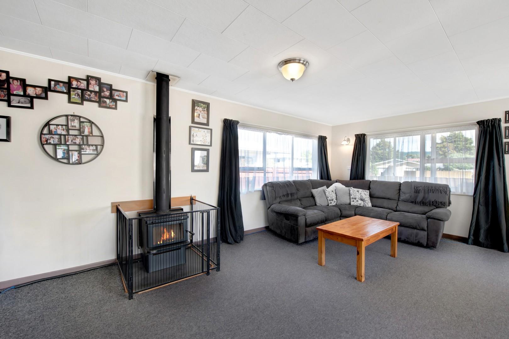 8b Windlesham Place, Wakefield #5 -- listing/11902/d-v3.jpeg