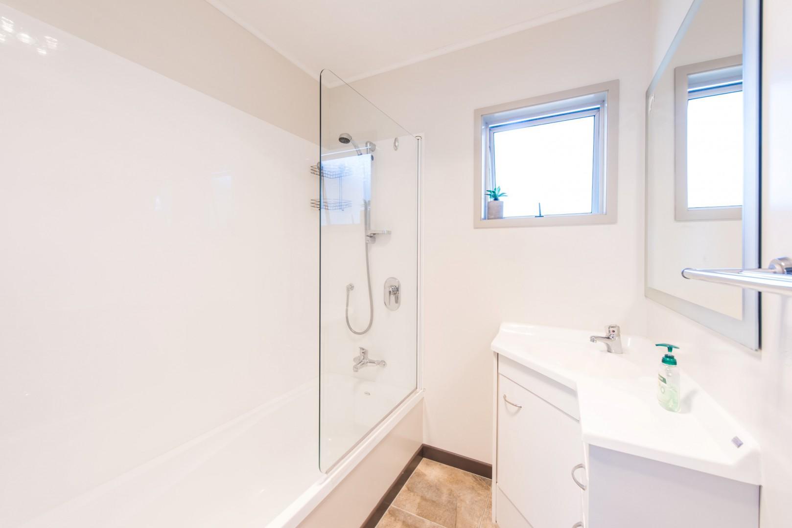8b Windlesham Place, Wakefield #12 -- listing/11902/k-v2.jpeg