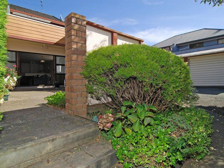4/68 Waimea Road, Nelson South #12 -- listing/12002/k.jpeg