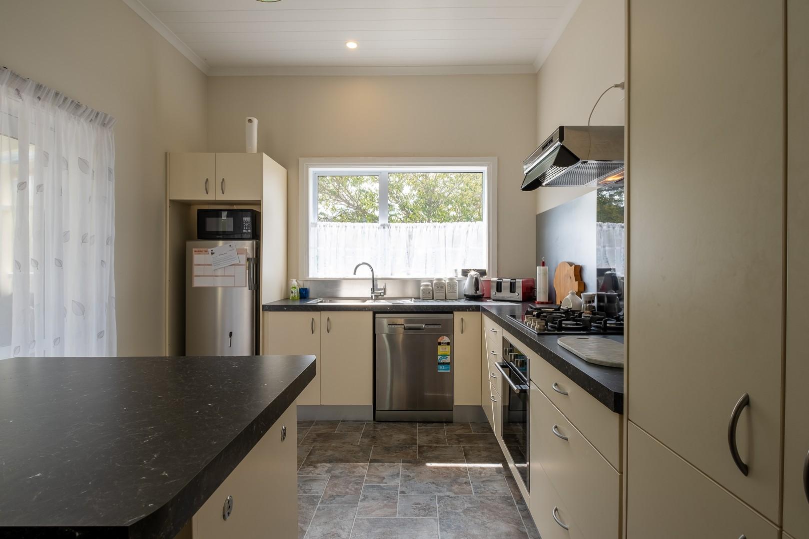 47 Kent Street, Picton #12 -- listing/12010/k-v2.jpeg