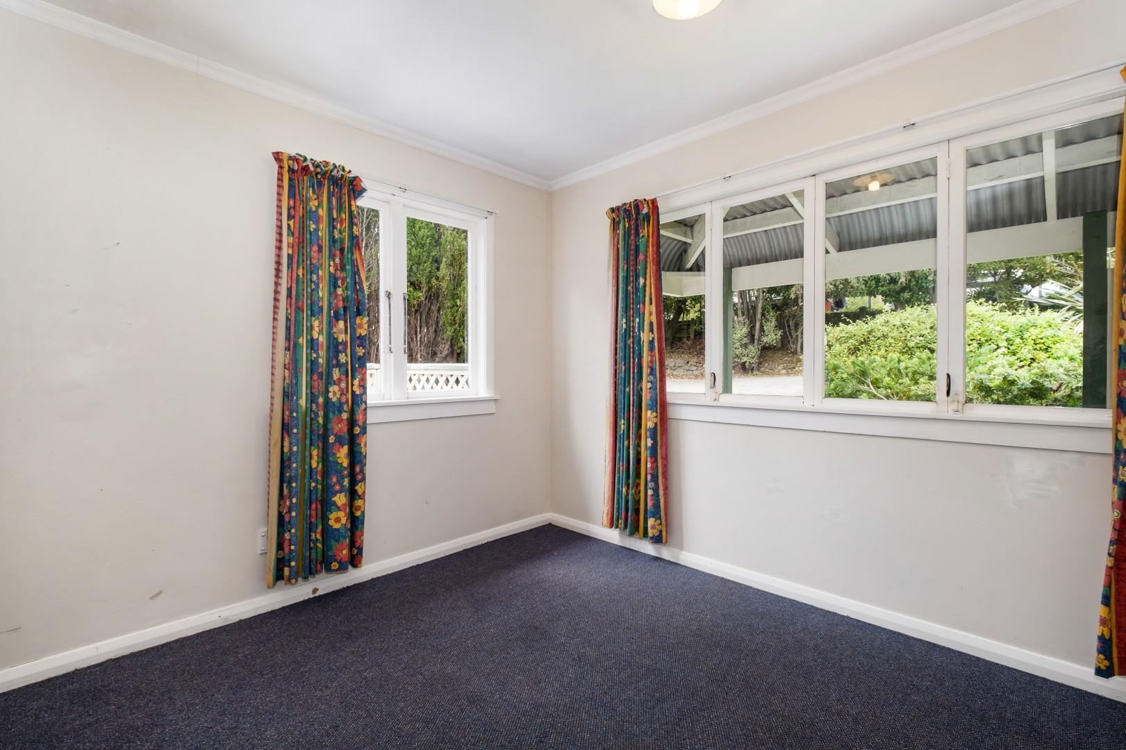 139 Waikawa Road, Picton #9 -- listing/12022/h-v4.jpeg