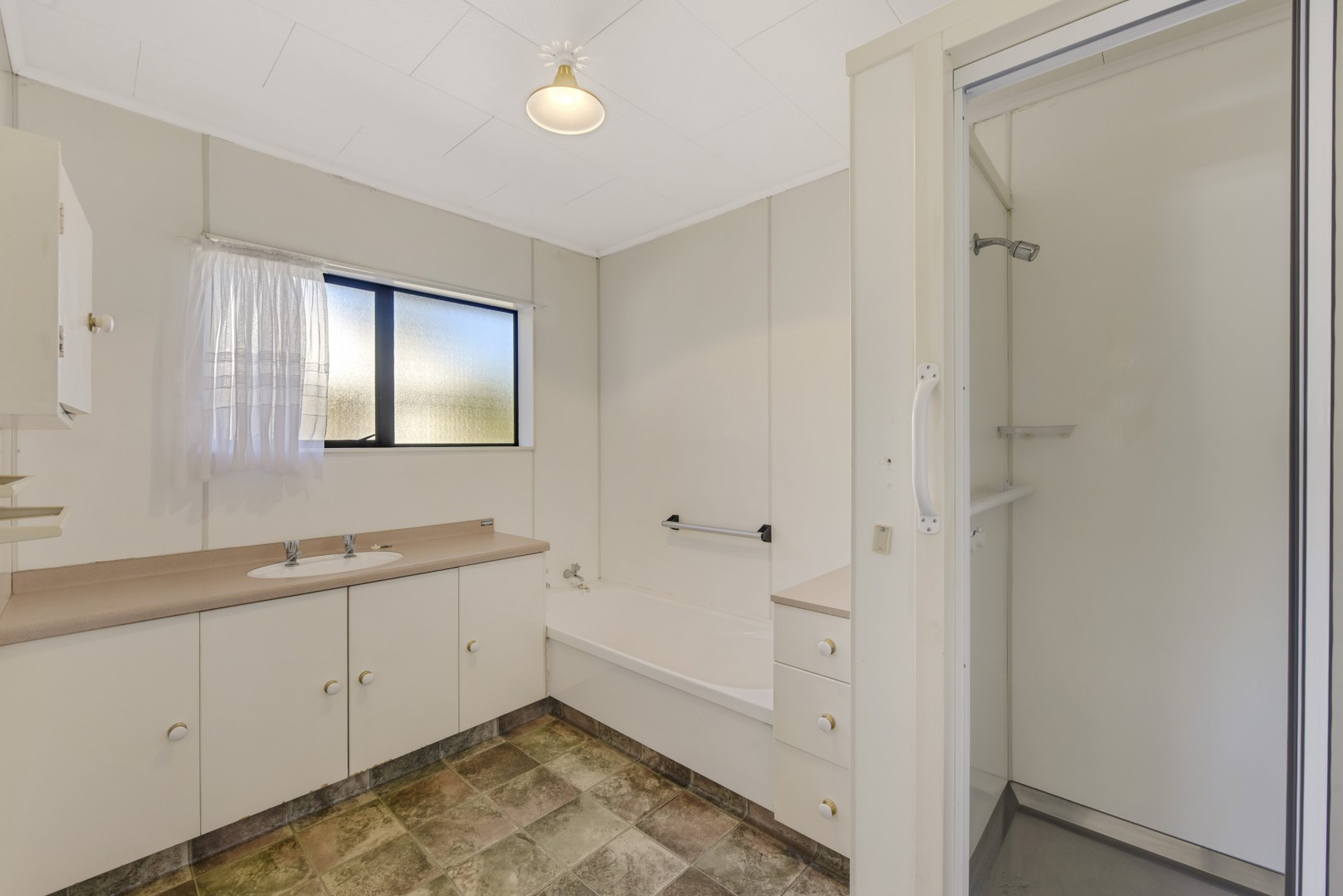 17 King Street, Richmond #15 -- listing/12104/o-v2.jpeg