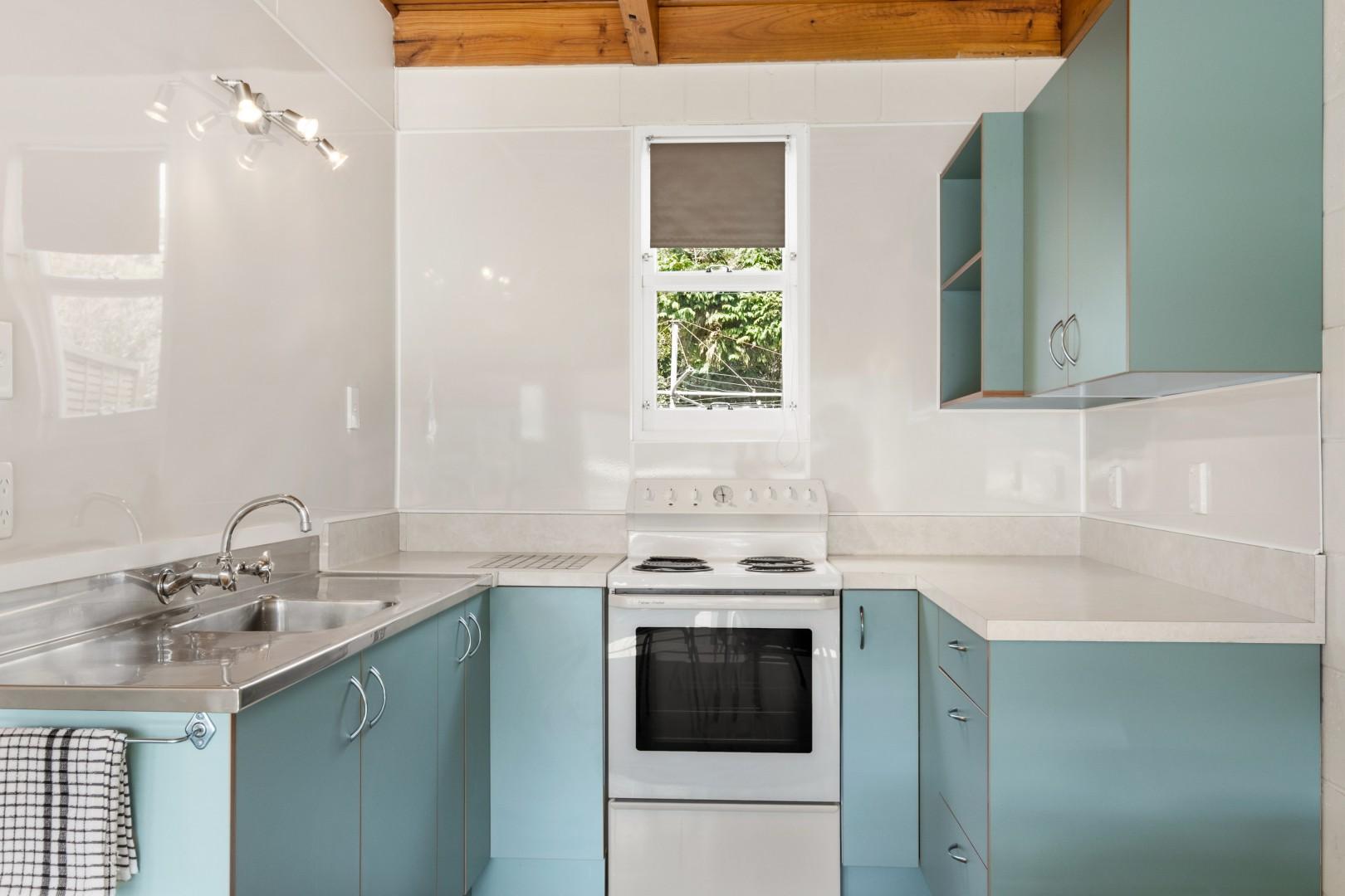 Flat 5, 209 Waikawa Road, Waikawa #10 -- listing/12114/i.jpeg