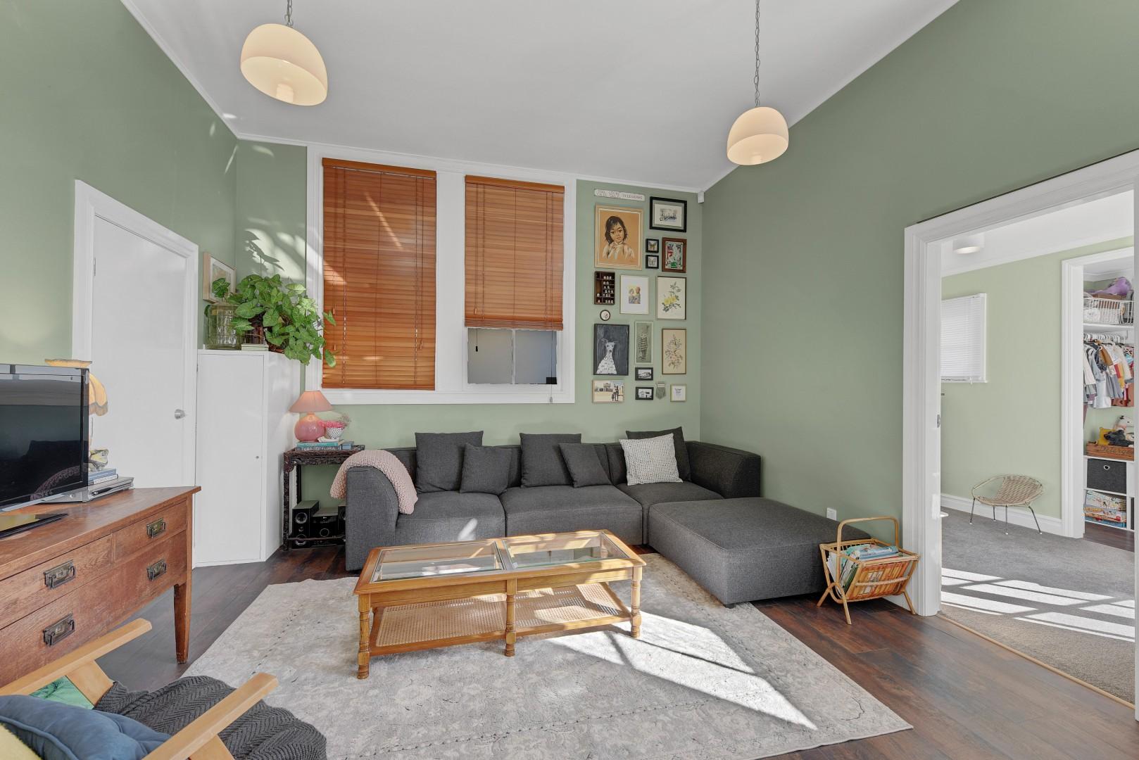 43 Ellis Street, Brightwater #5 -- listing/12219/d.jpeg