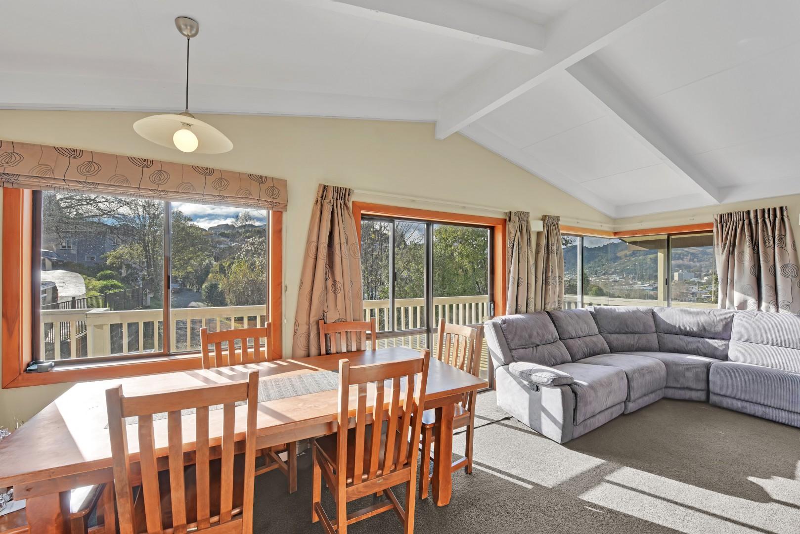 5 Lucas Terrace, Stepneyville #4 -- listing/12459/c-v2.jpeg