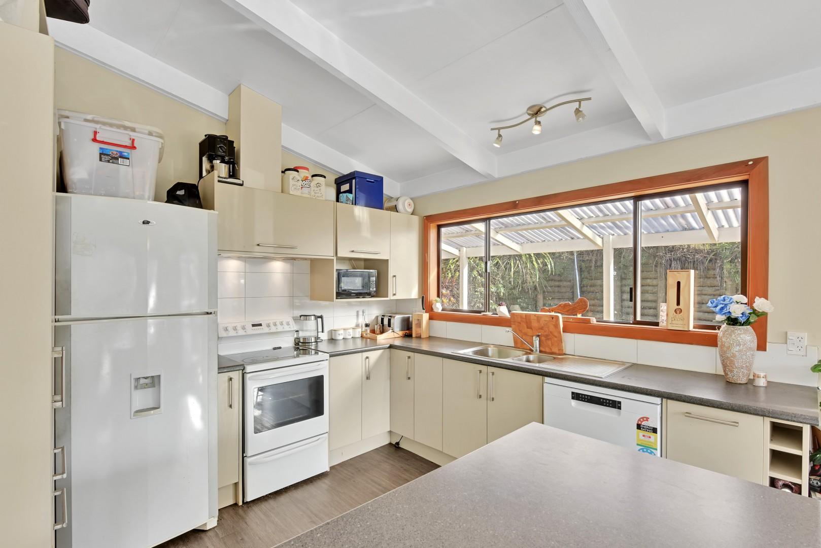 5 Lucas Terrace, Stepneyville #6 -- listing/12459/e-v2.jpeg