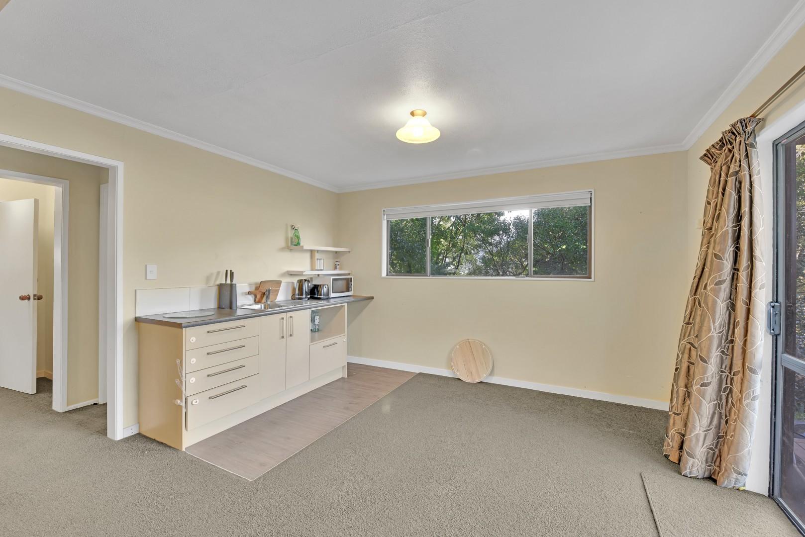 5 Lucas Terrace, Stepneyville #17 -- listing/12459/q-v2.jpeg