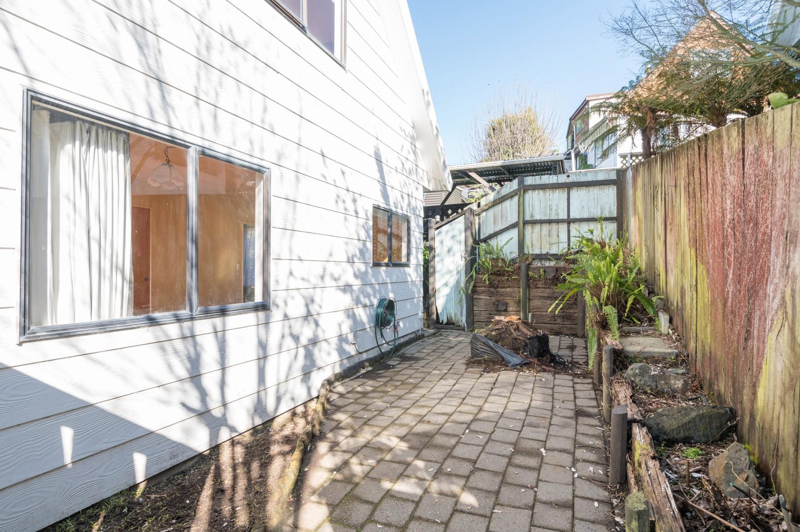 2/19 Chamboard Place, Washington Valley #3 -- listing/12550/b.jpeg