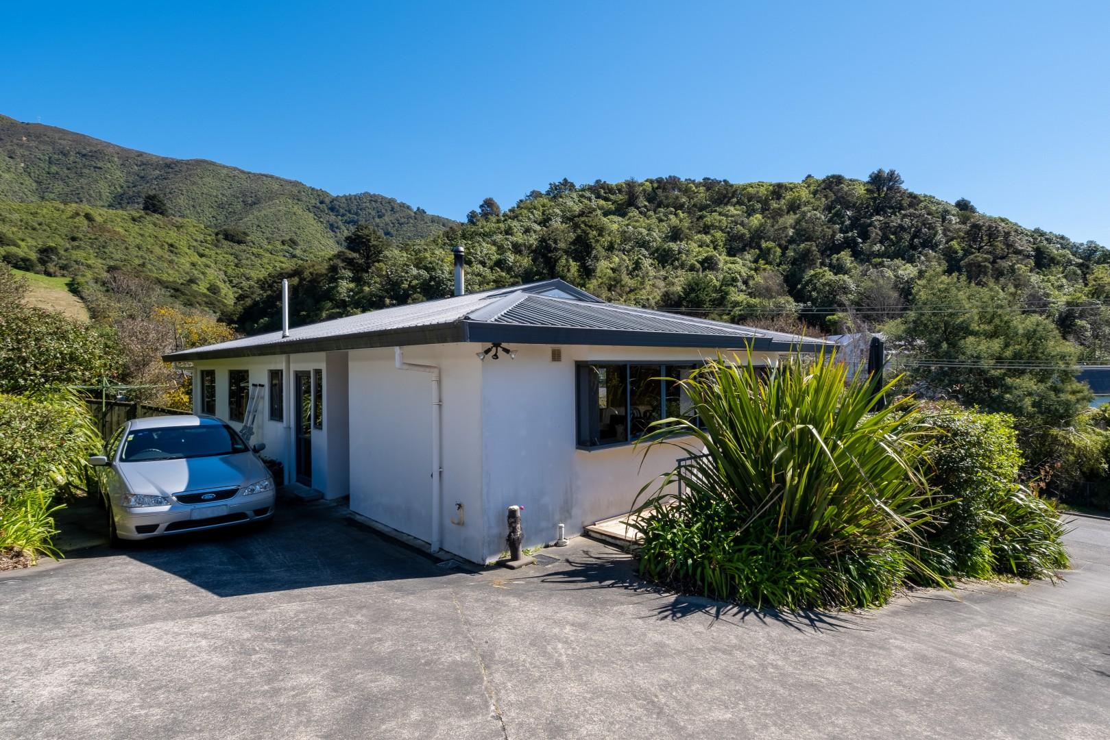 26A Buller Street, Picton #17 -- listing/12570/q.jpeg