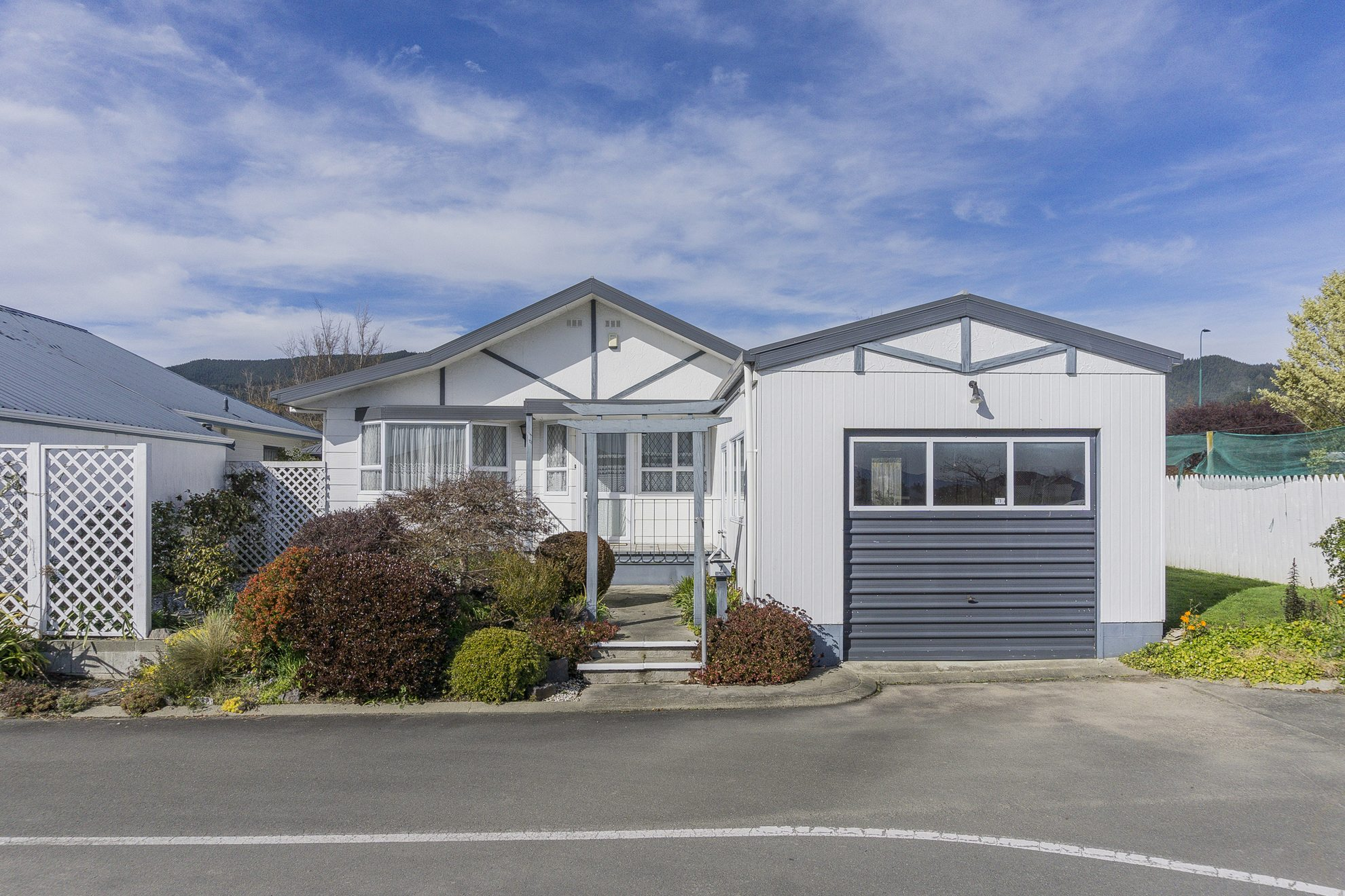 7 Gardenia Place, Richmond #8 -- listing/3986/g.jpeg
