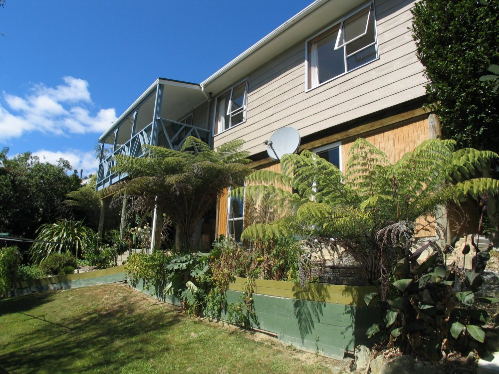 6 Webster Place, Picton #1