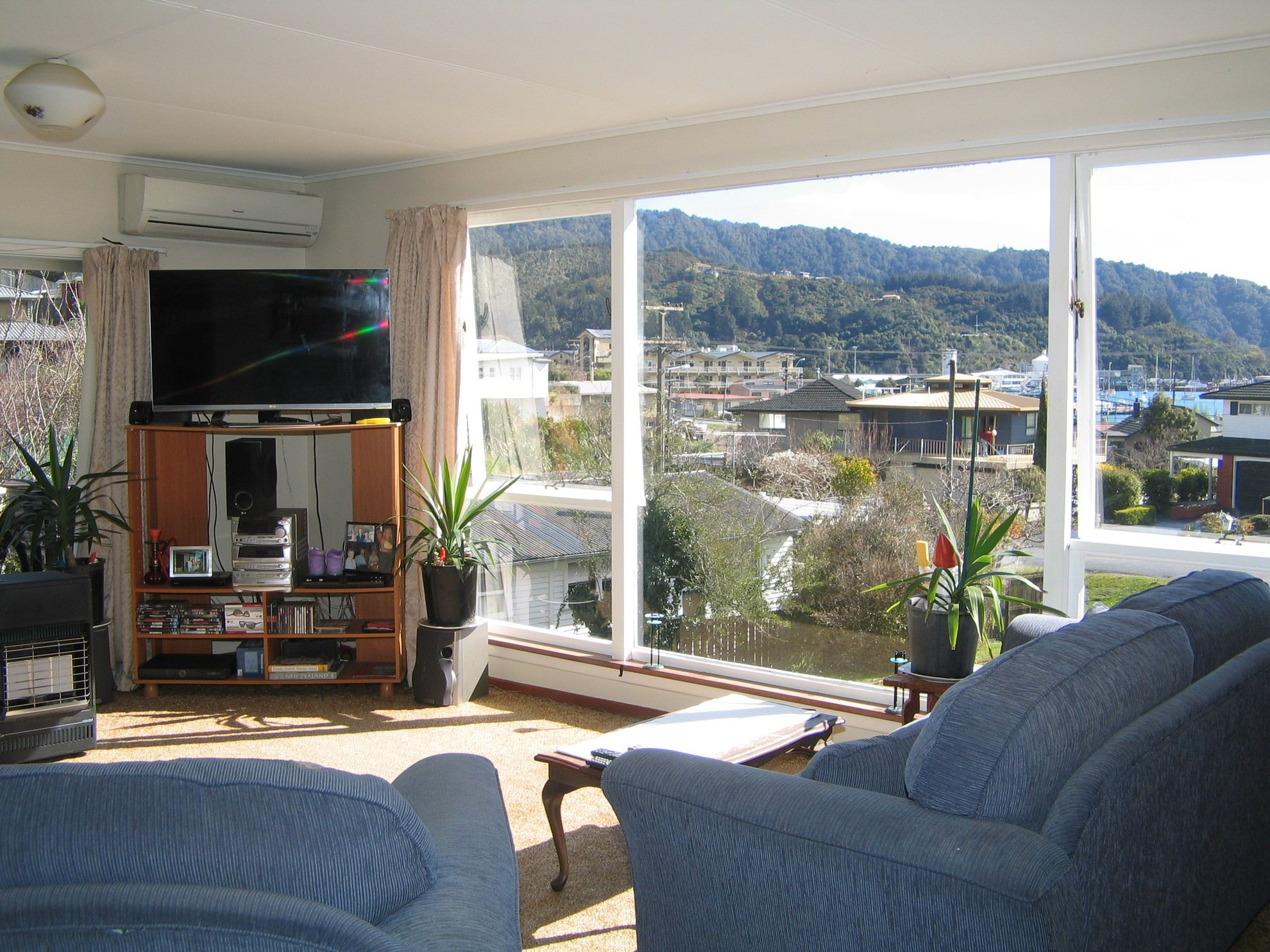 13 Seaview Crescent, Picton #5 -- listing/4093/d.jpeg