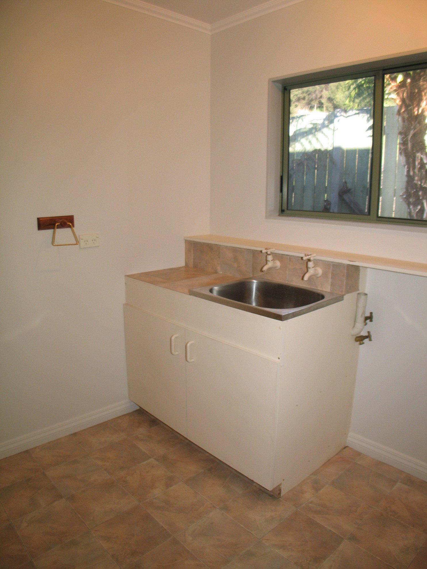 6 West Terrace, Picton #15 -- listing/4147/o.jpeg