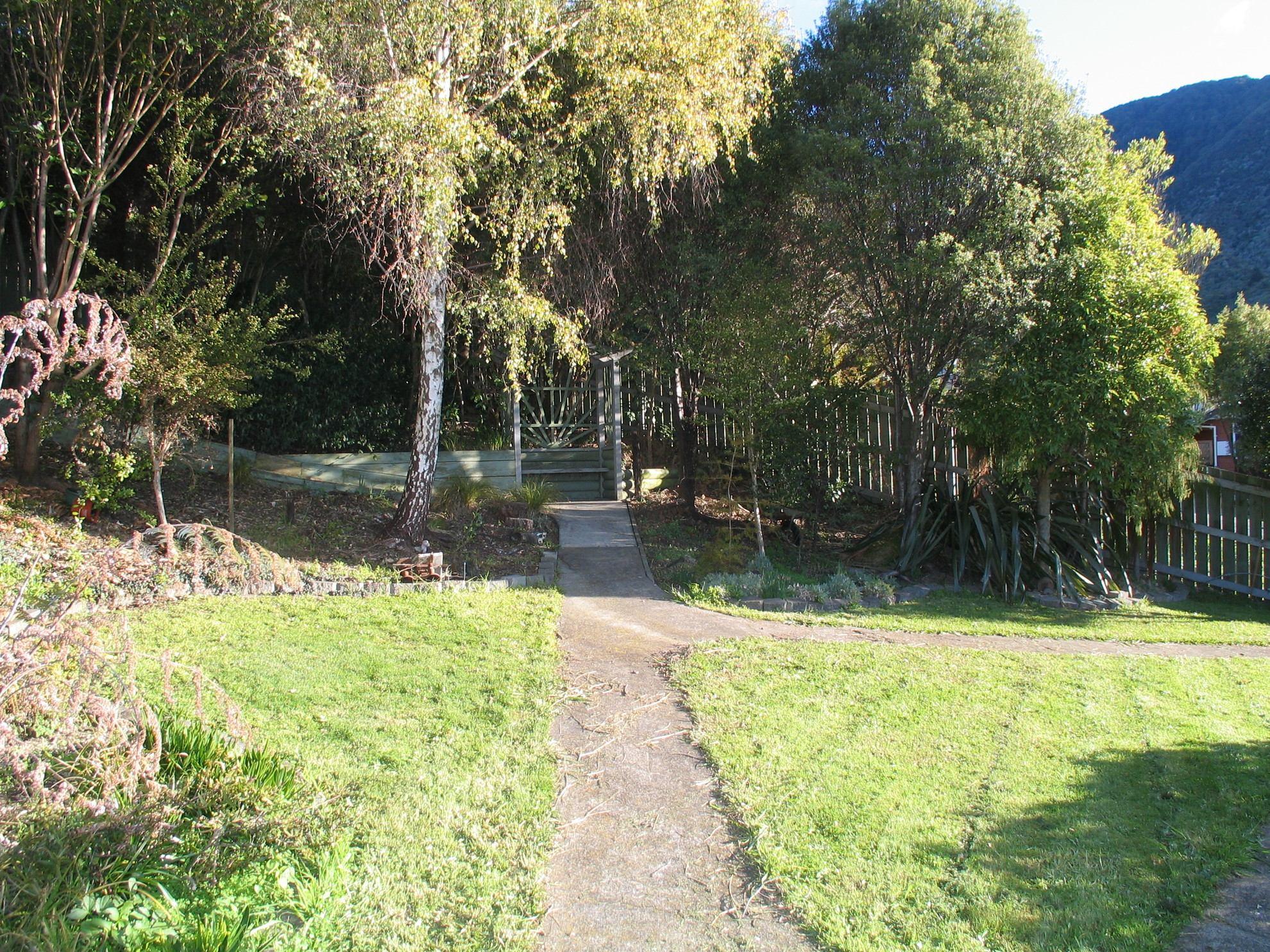 6 West Terrace, Picton #26 -- listing/4147/z.jpeg
