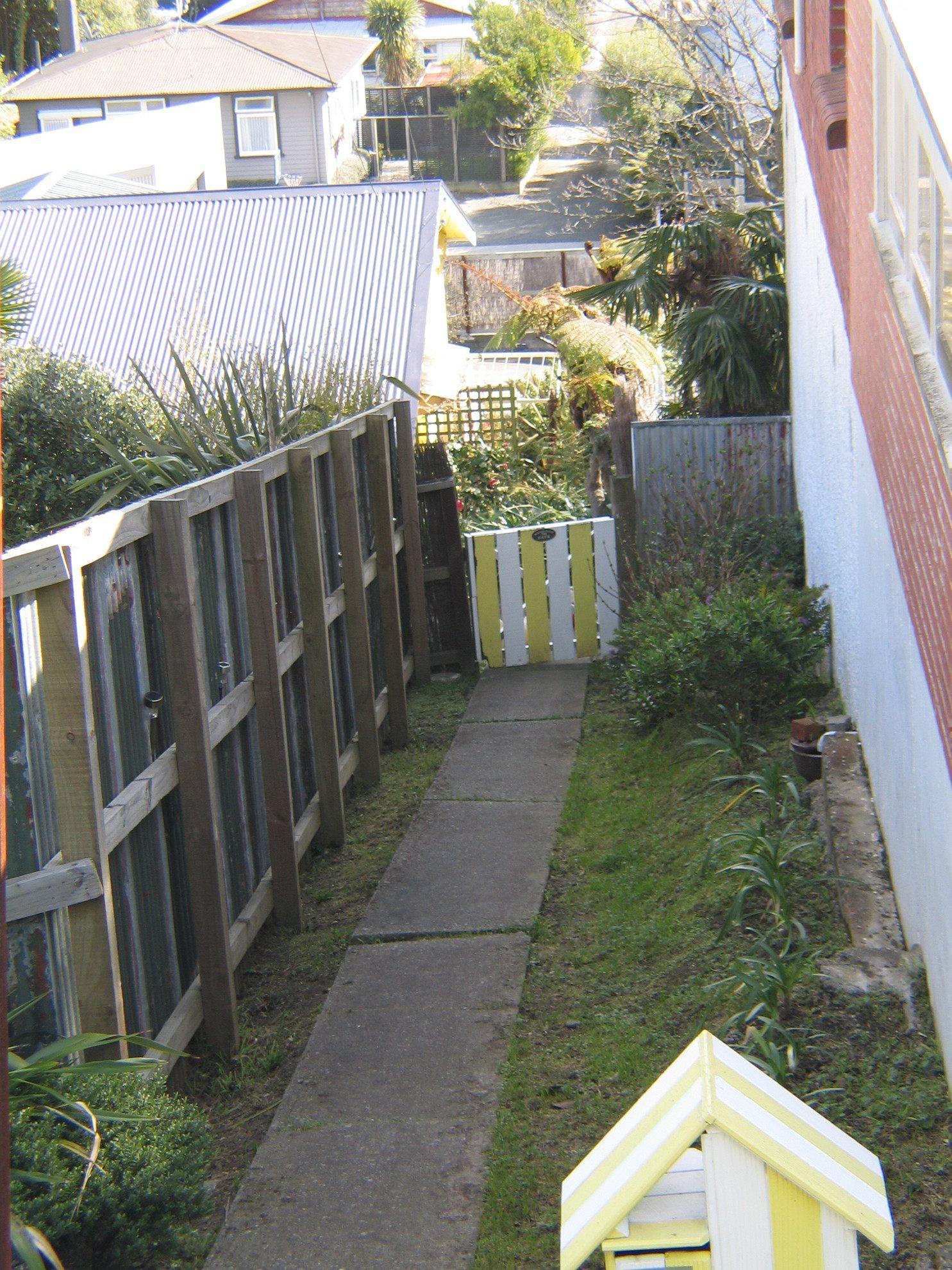 17b Taranaki Street, Picton #2 -- listing/4156/a.jpeg