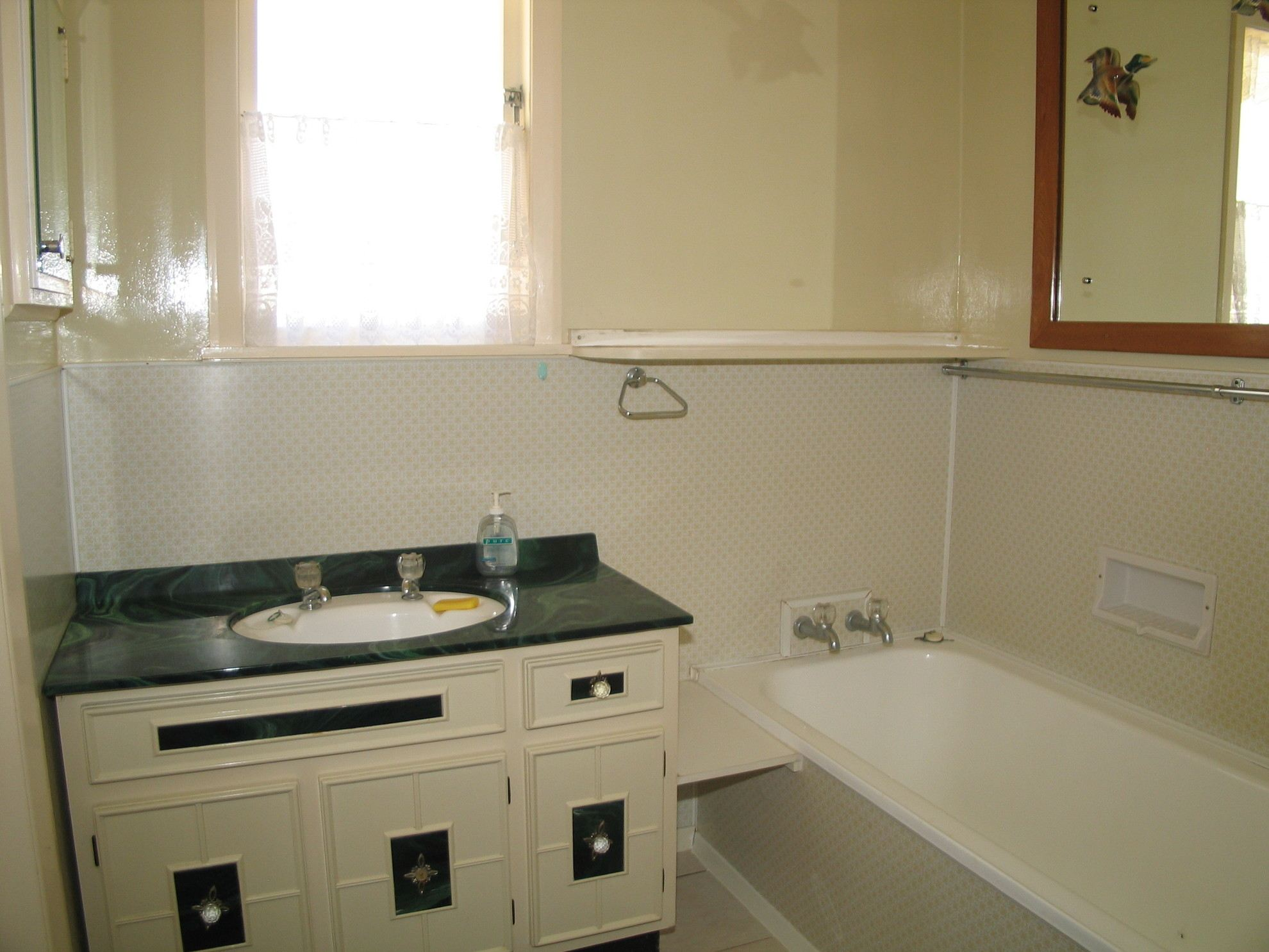 38 South Terrace, Picton #12 -- listing/4157/k.jpeg