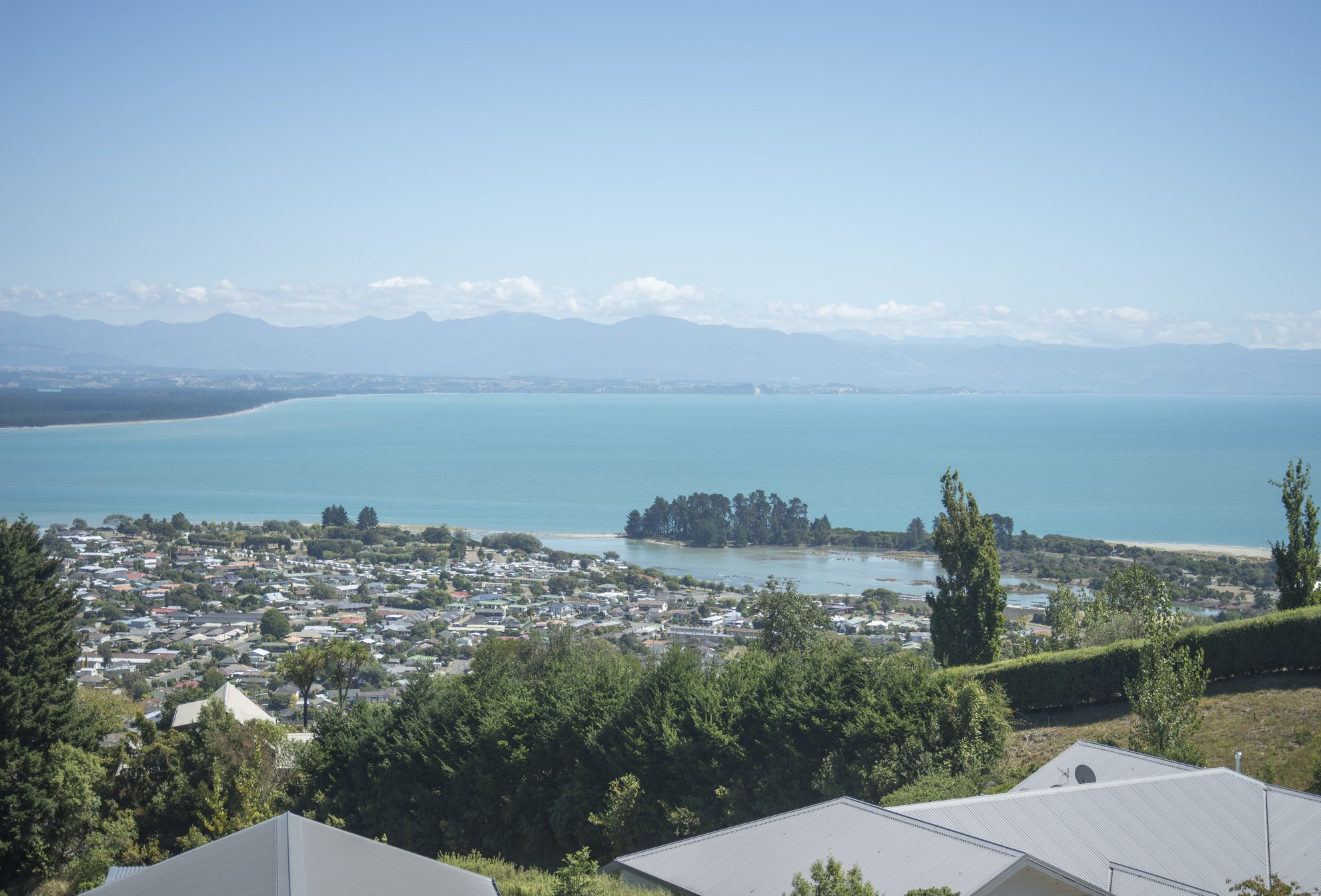 24 Commodore Place, Britannia Heights #1 -- listing/4167/m.jpeg