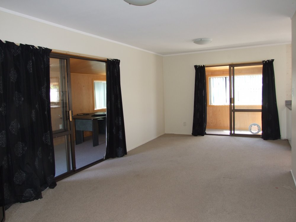 15 Ashcroft Place, Richmond #2