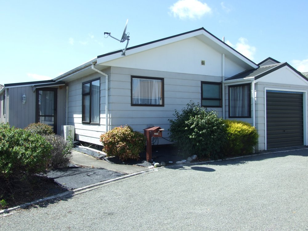 15 Ashcroft Place, Richmond #1