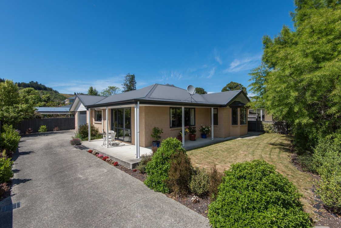 35 Eighty Eight Valley Road, Wakefield #1