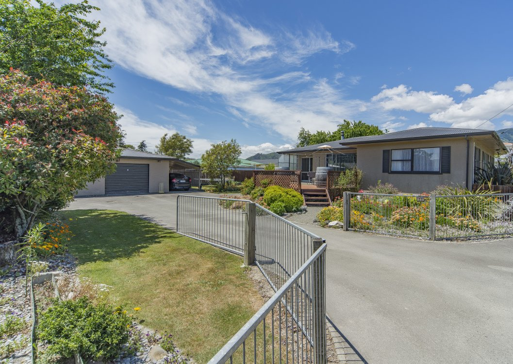 283 Seaview Road, Stoke #2