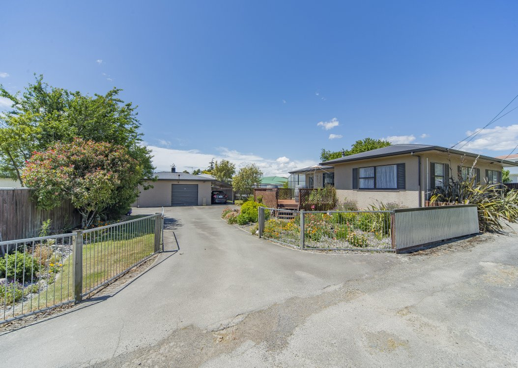 283 Seaview Road, Stoke #3