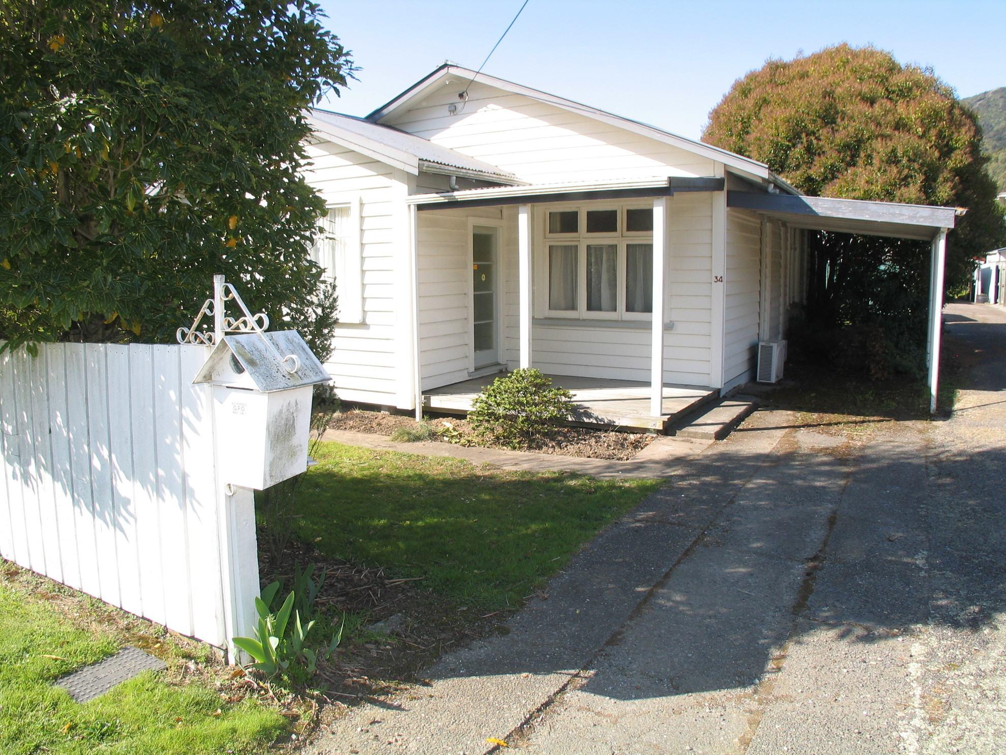 34 Kent Street, Picton #1 -- listing/4338/m.jpeg