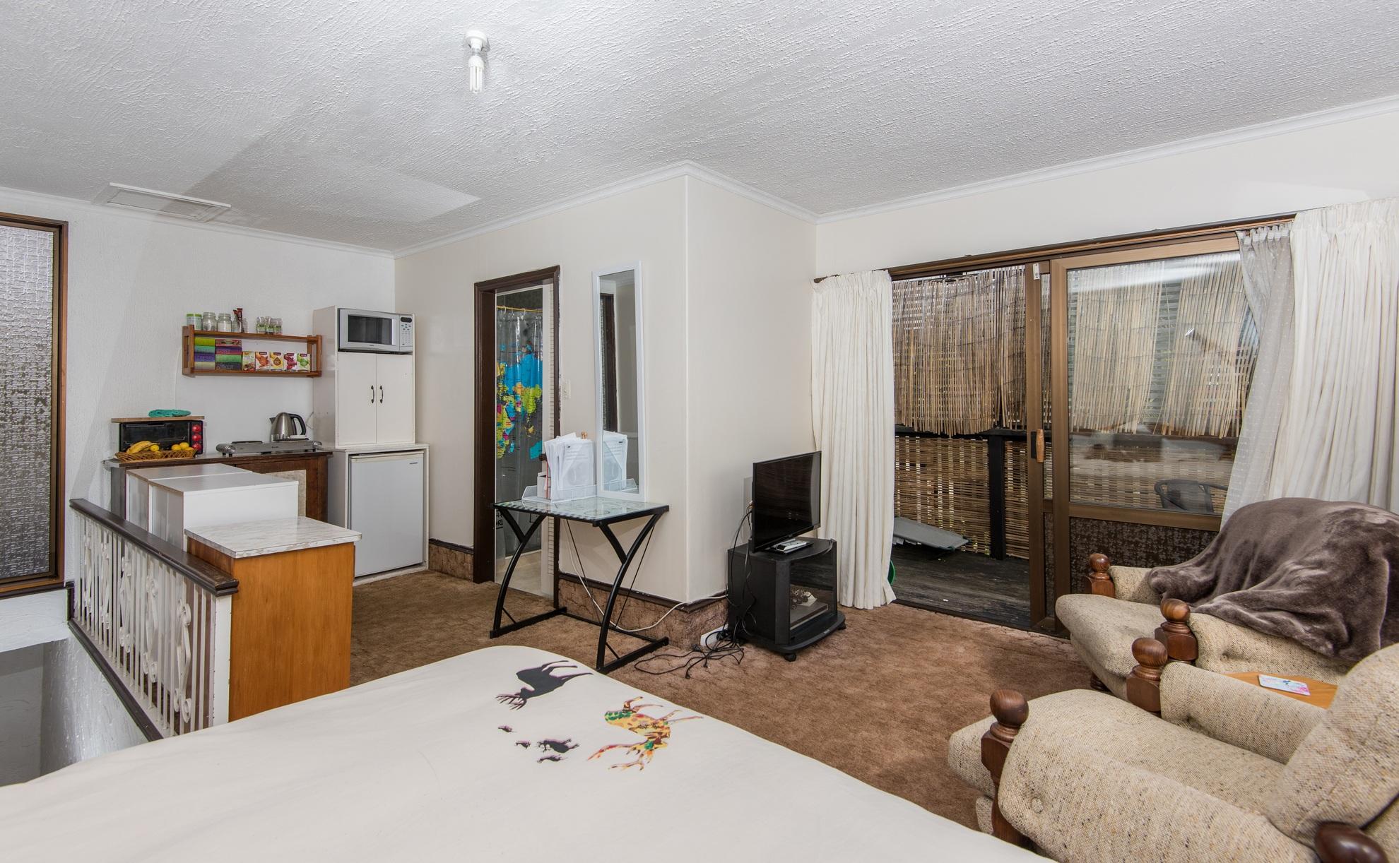 35 Thompson Terrace, Toi Toi #18 -- listing/4345/r.jpeg