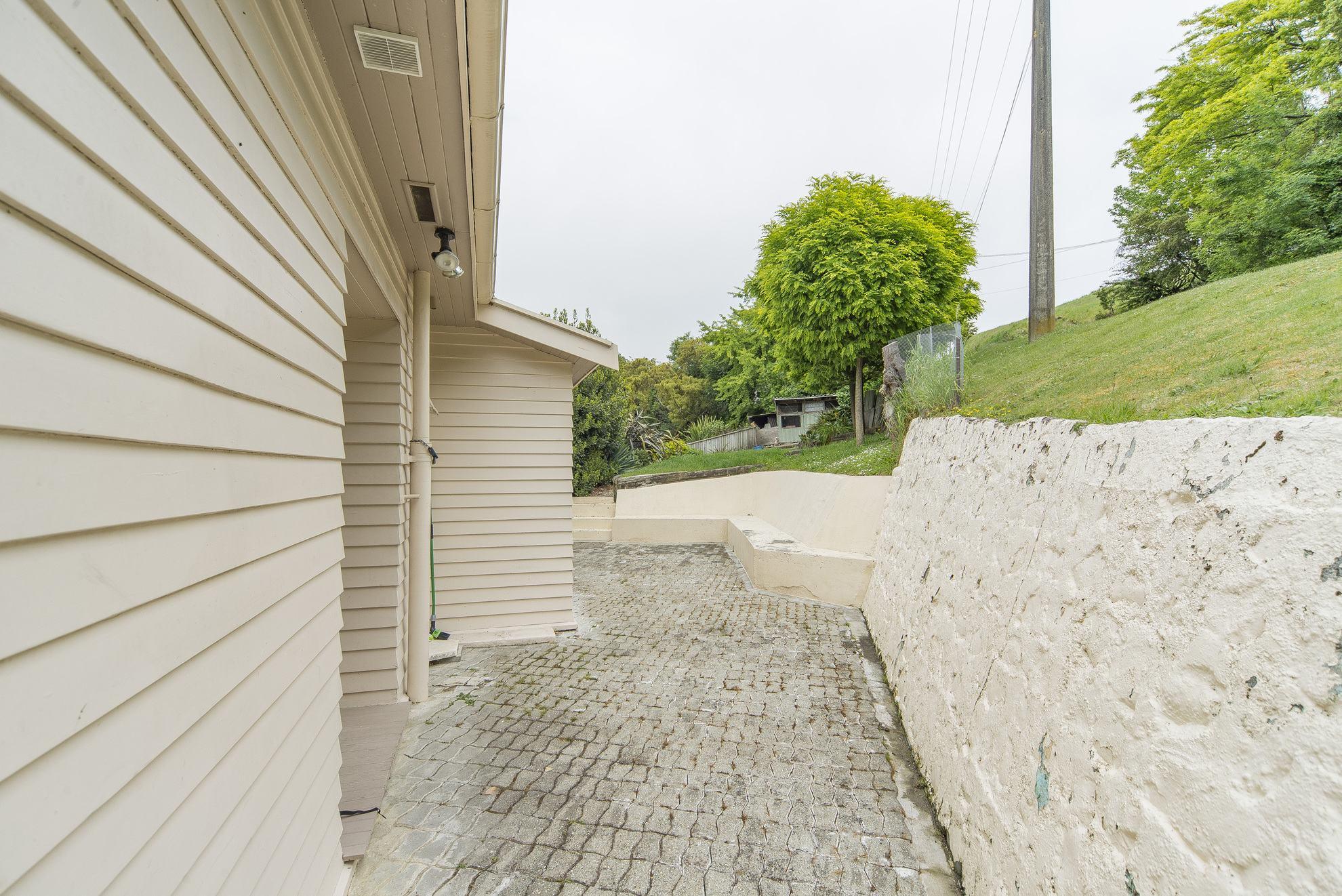 74 Russell Street, Nelson #8 -- listing/4352/g.jpeg