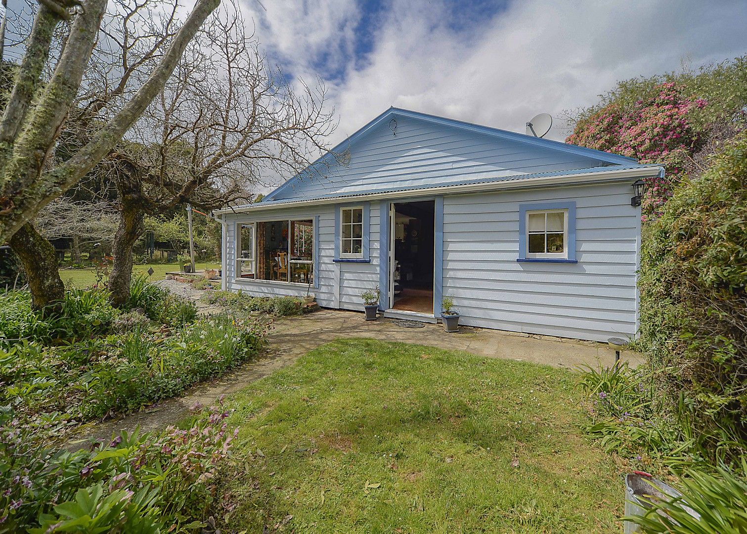 8 Foxhill Cemetery Road, Wakefield #4 -- listing/4364/c.jpeg