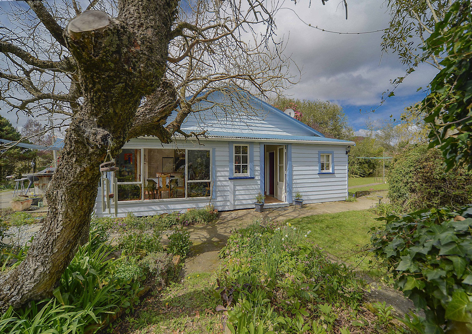 8 Foxhill Cemetery Road, Wakefield #5 -- listing/4364/d.jpeg