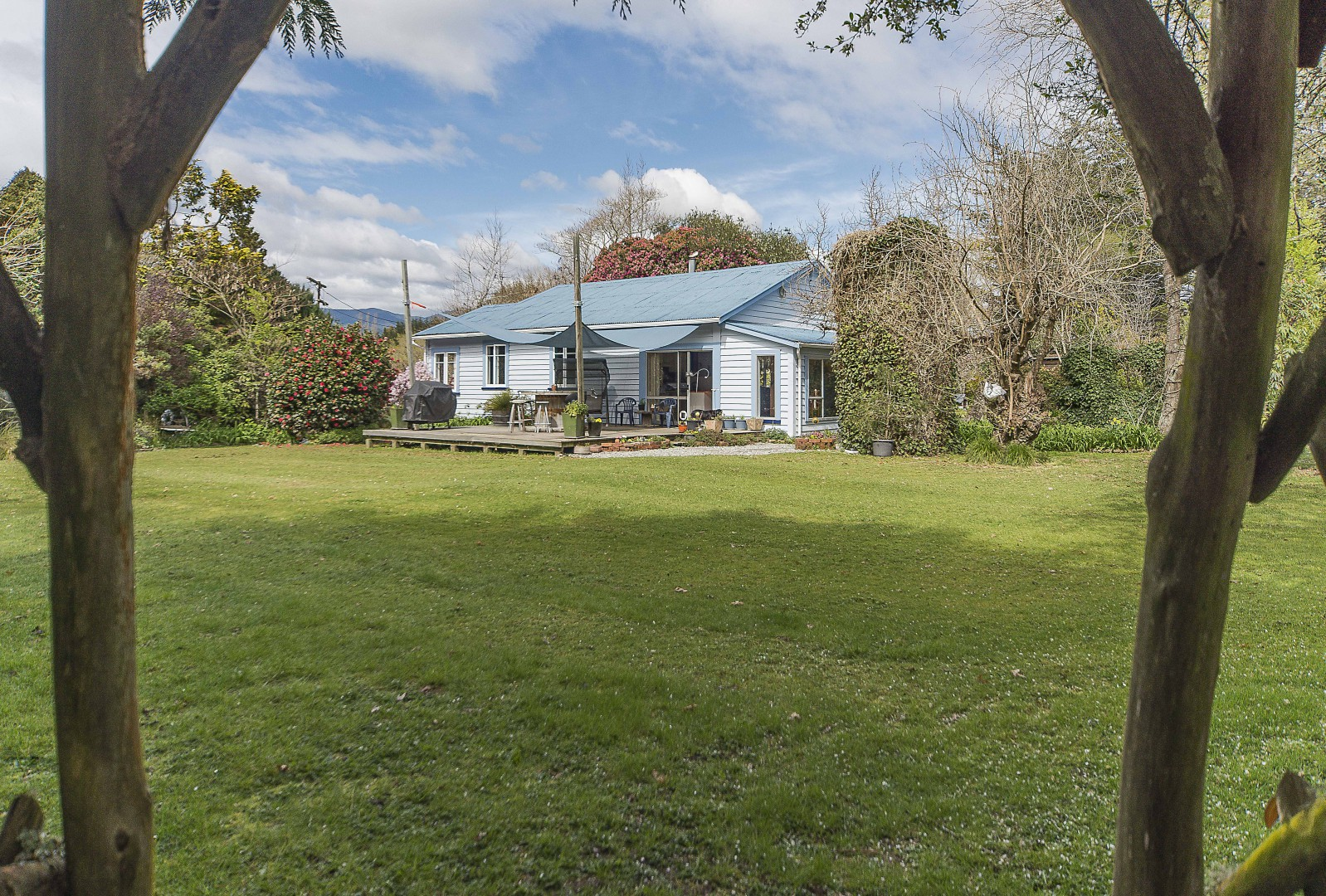 8 Foxhill Cemetery Road, Wakefield #1 -- listing/4364/m.jpeg