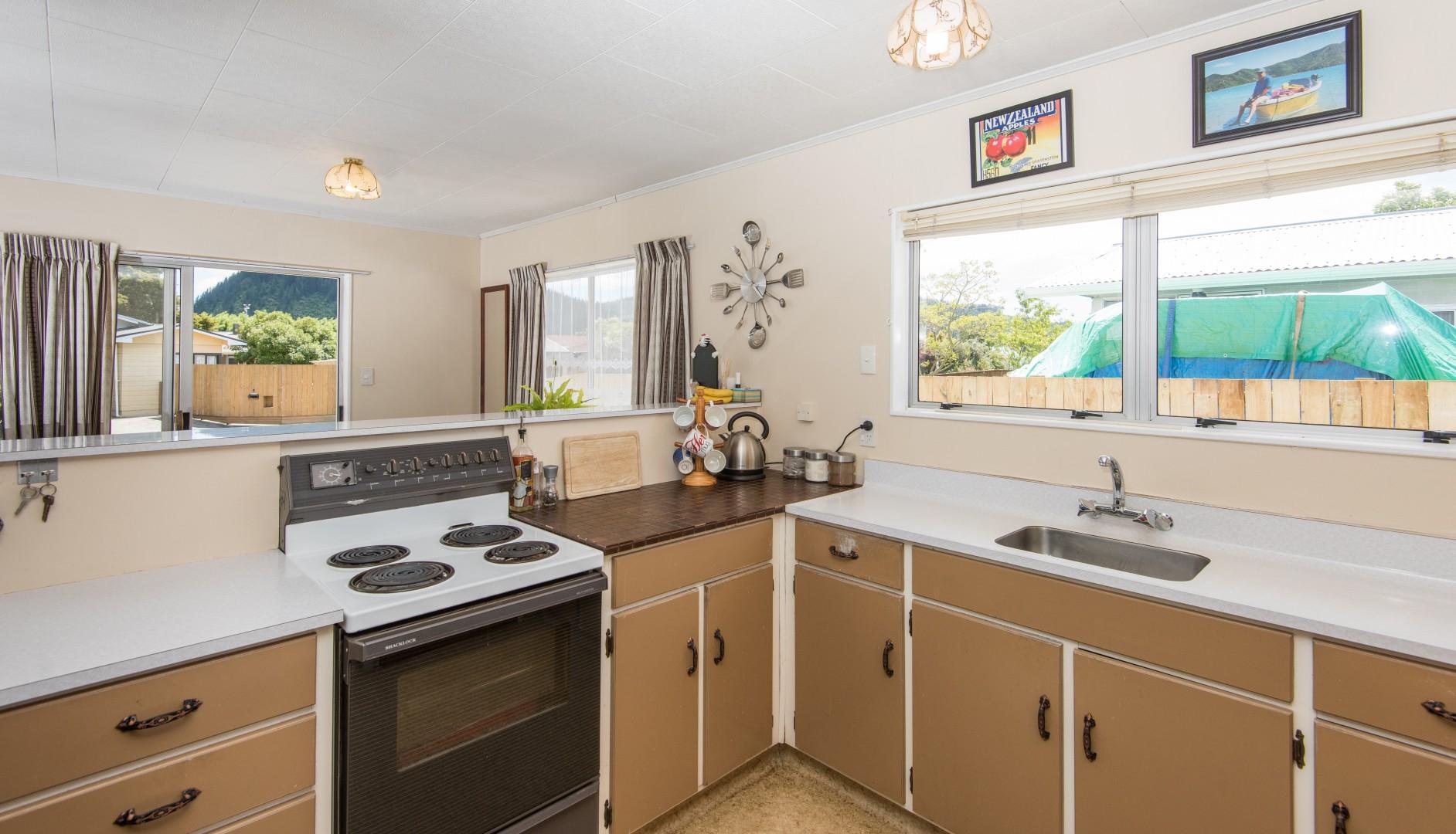 8a Windlesham Place, Wakefield #17 -- listing/4416/q.jpeg