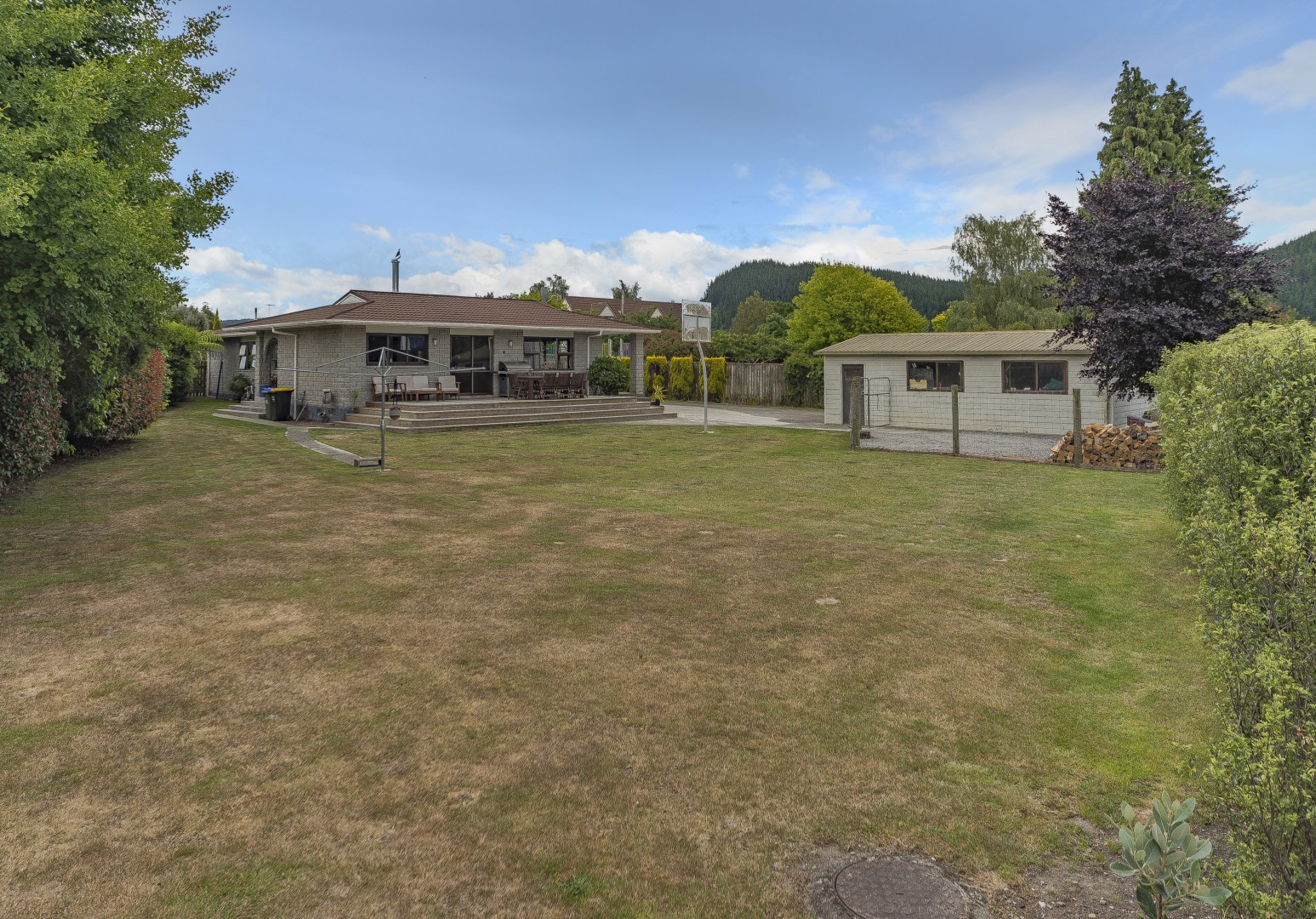 6 Anslow Place, Wakefield #4 -- listing/4489/c.jpeg