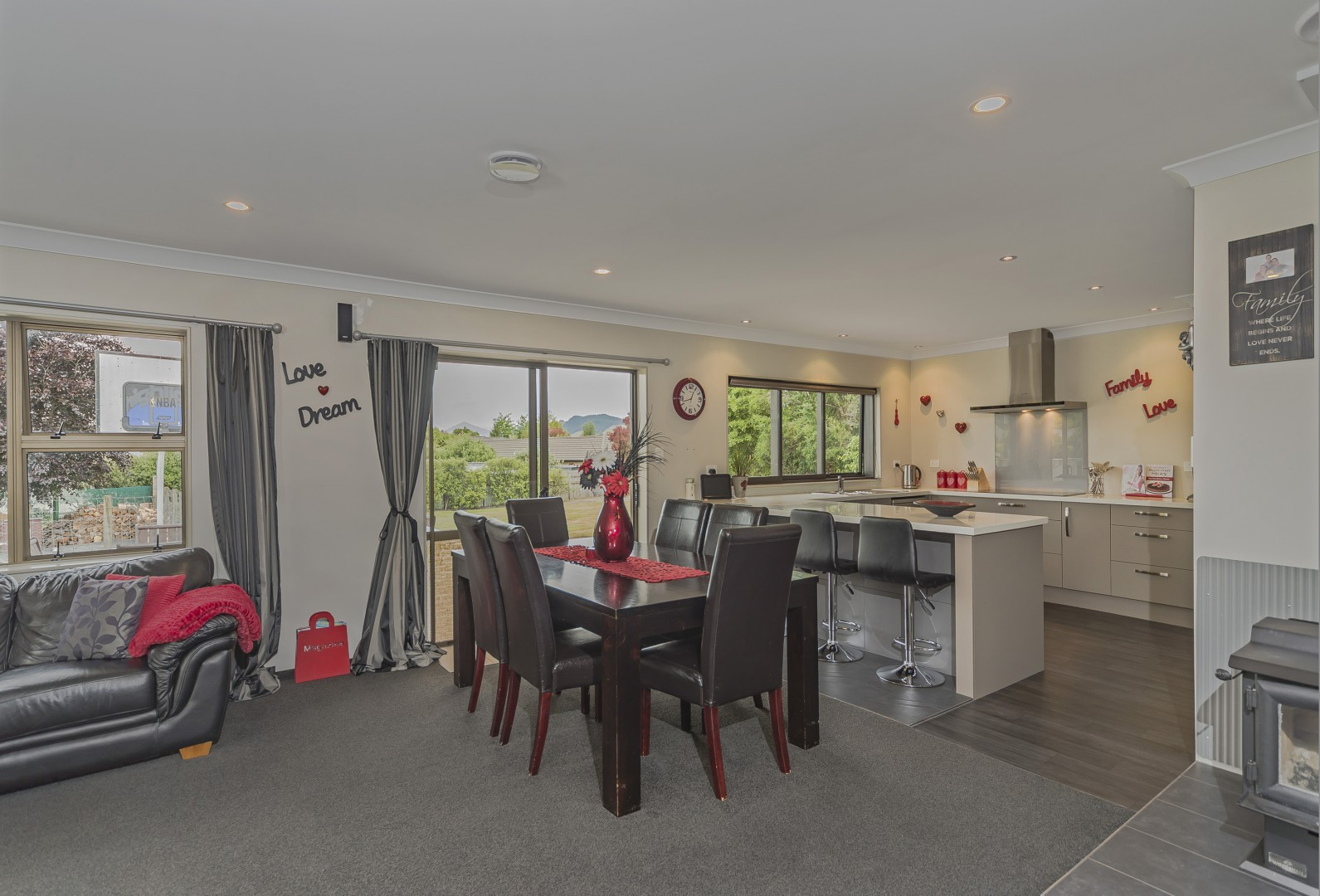6 Anslow Place, Wakefield #8 -- listing/4489/g.jpeg